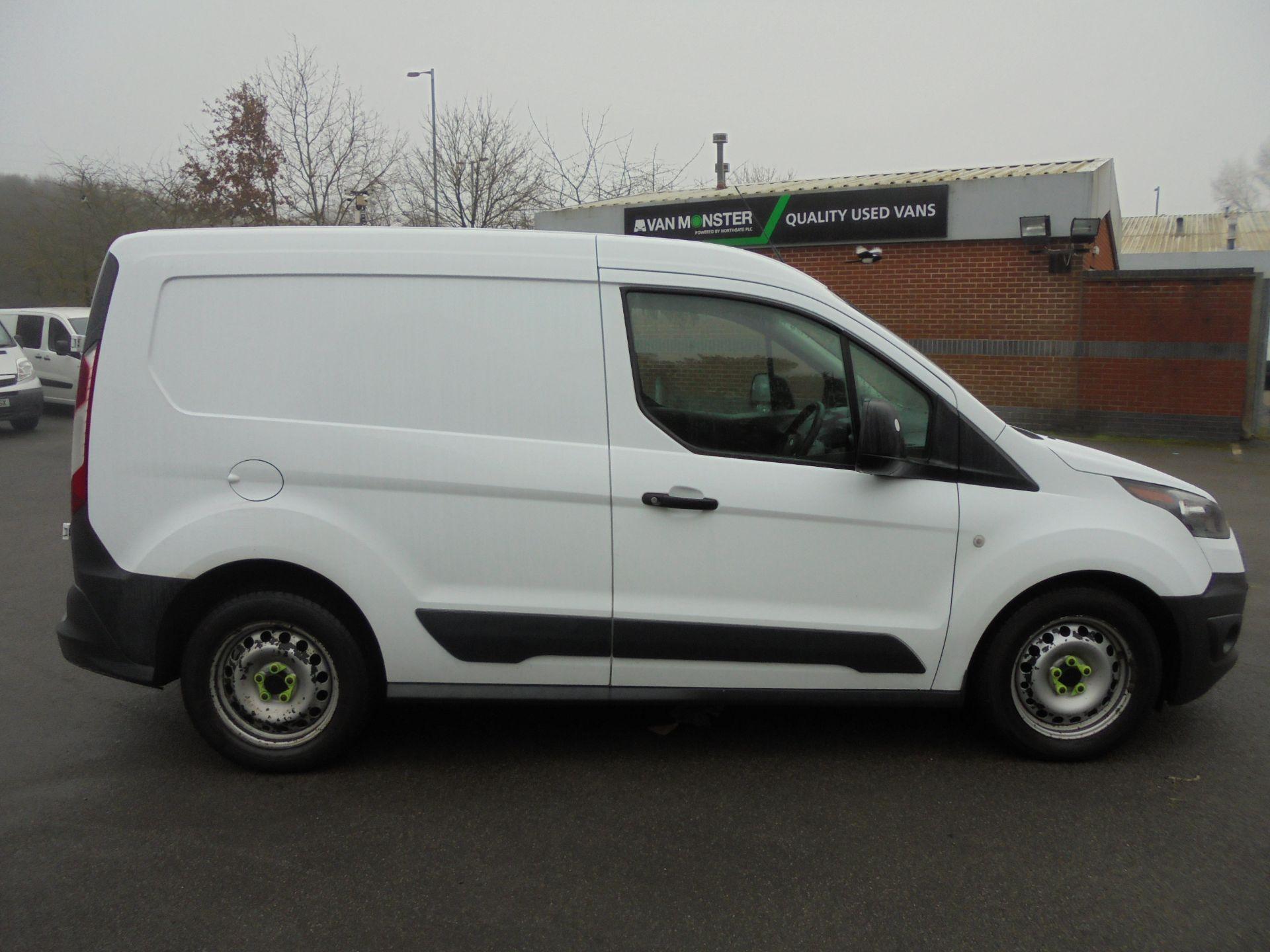 2017 Ford Transit Connect 1.5 Tdci 75Ps Van (FG67FBZ) Image 13