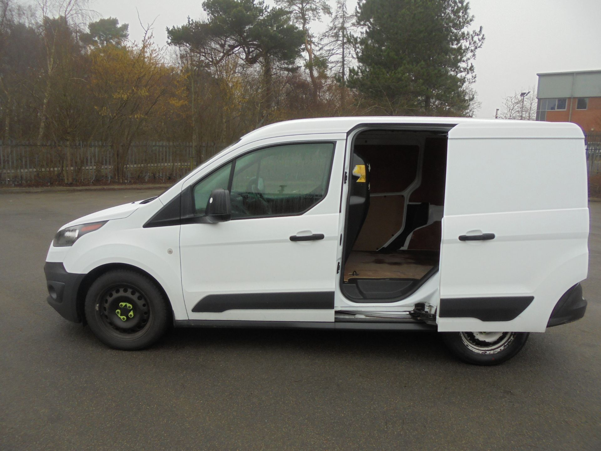2017 Ford Transit Connect 1.5 Tdci 75Ps Van (FG67FBZ) Image 6