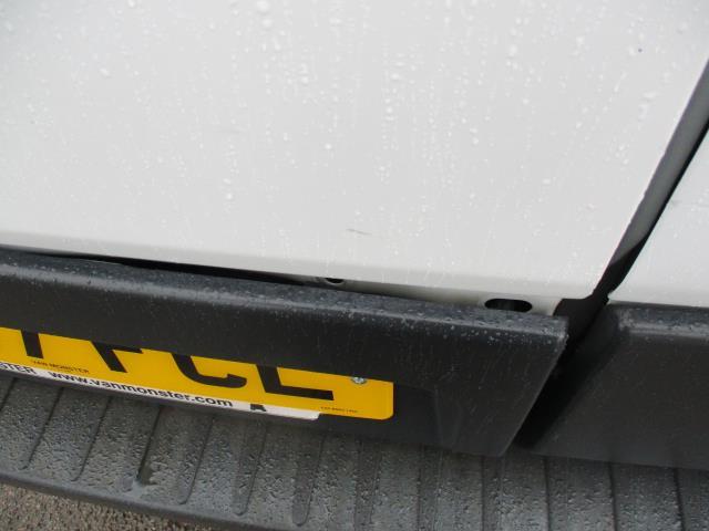 2017 Ford Transit L3 H3 VAN 130PS EURO 6 (FG67FCL) Image 26