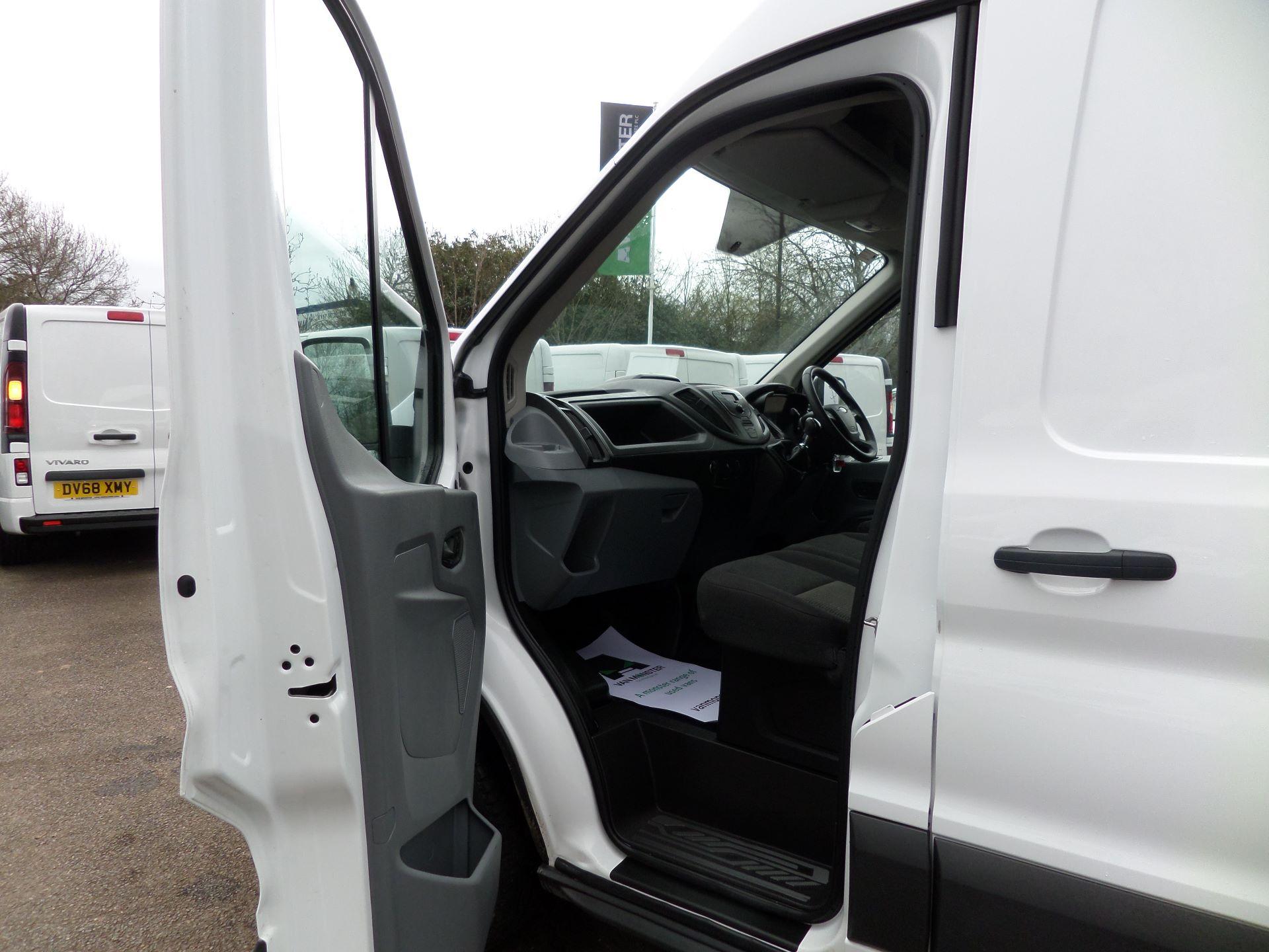 2017 Ford Transit 2.0 Tdci 130Ps H3 Van Euro 6 (FG67FCU) Image 8