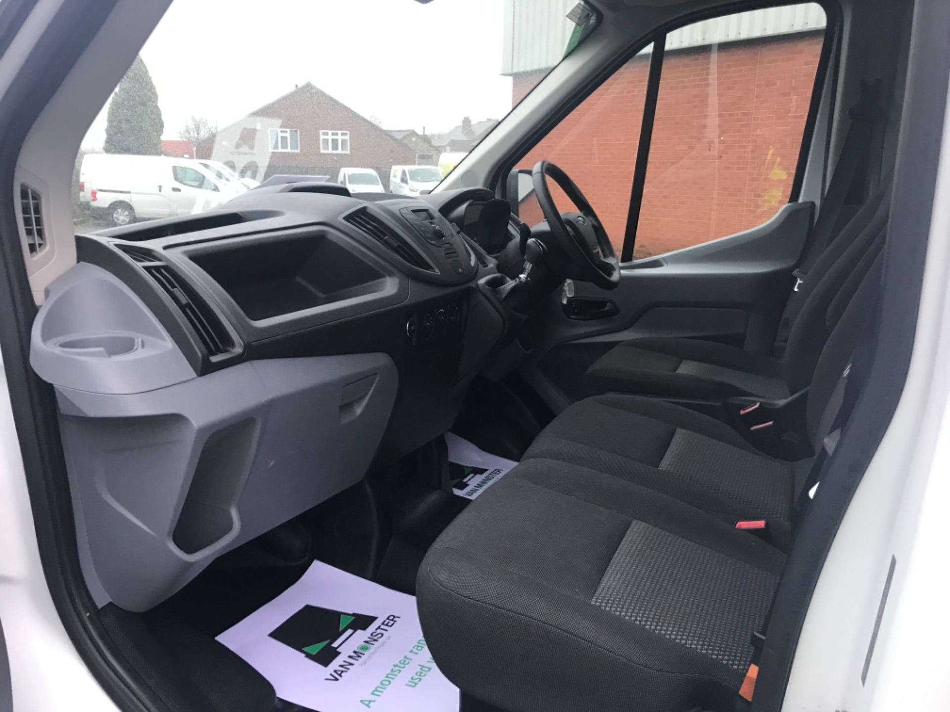 2017 Ford Transit 350  L3 H3 VAN 130PS EURO 6 (FG67FDU) Image 15