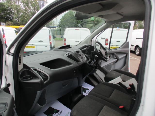 2017 Ford Transit Custom L1 DIESEL FWD 2.0 TDCI 105PS LOW ROOF VAN EURO 6 (FG67FET) Image 16