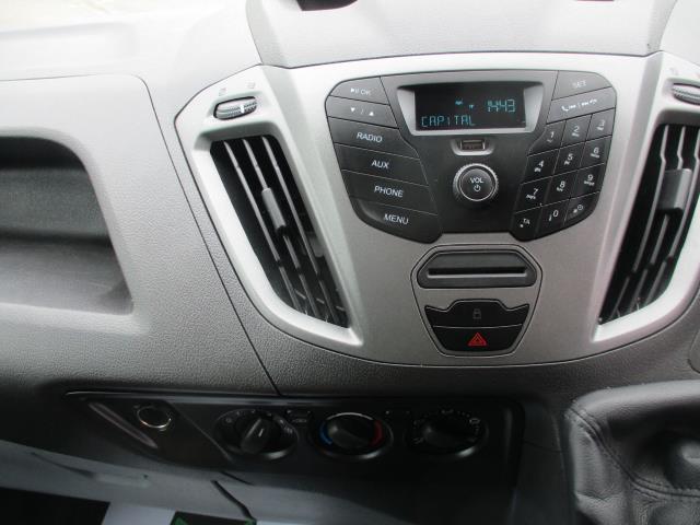 2017 Ford Transit Custom L1 DIESEL FWD 2.0 TDCI 105PS LOW ROOF VAN EURO 6 (FG67FET) Image 14