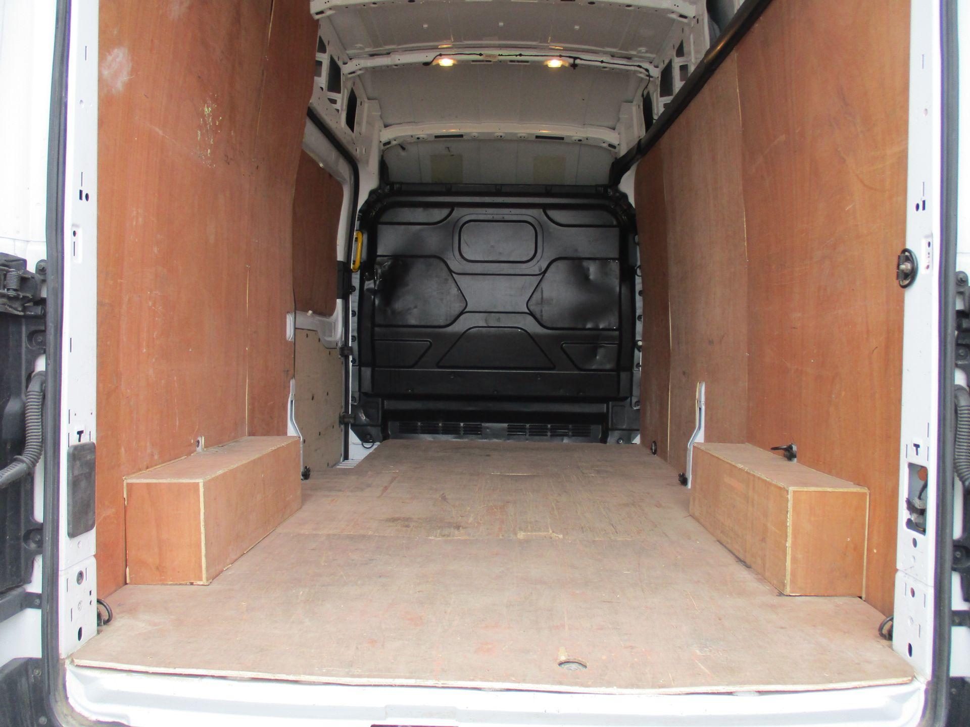 2017 Ford Transit L3 H3 VAN 130PS EURO 6 (FG67FFJ) Image 11