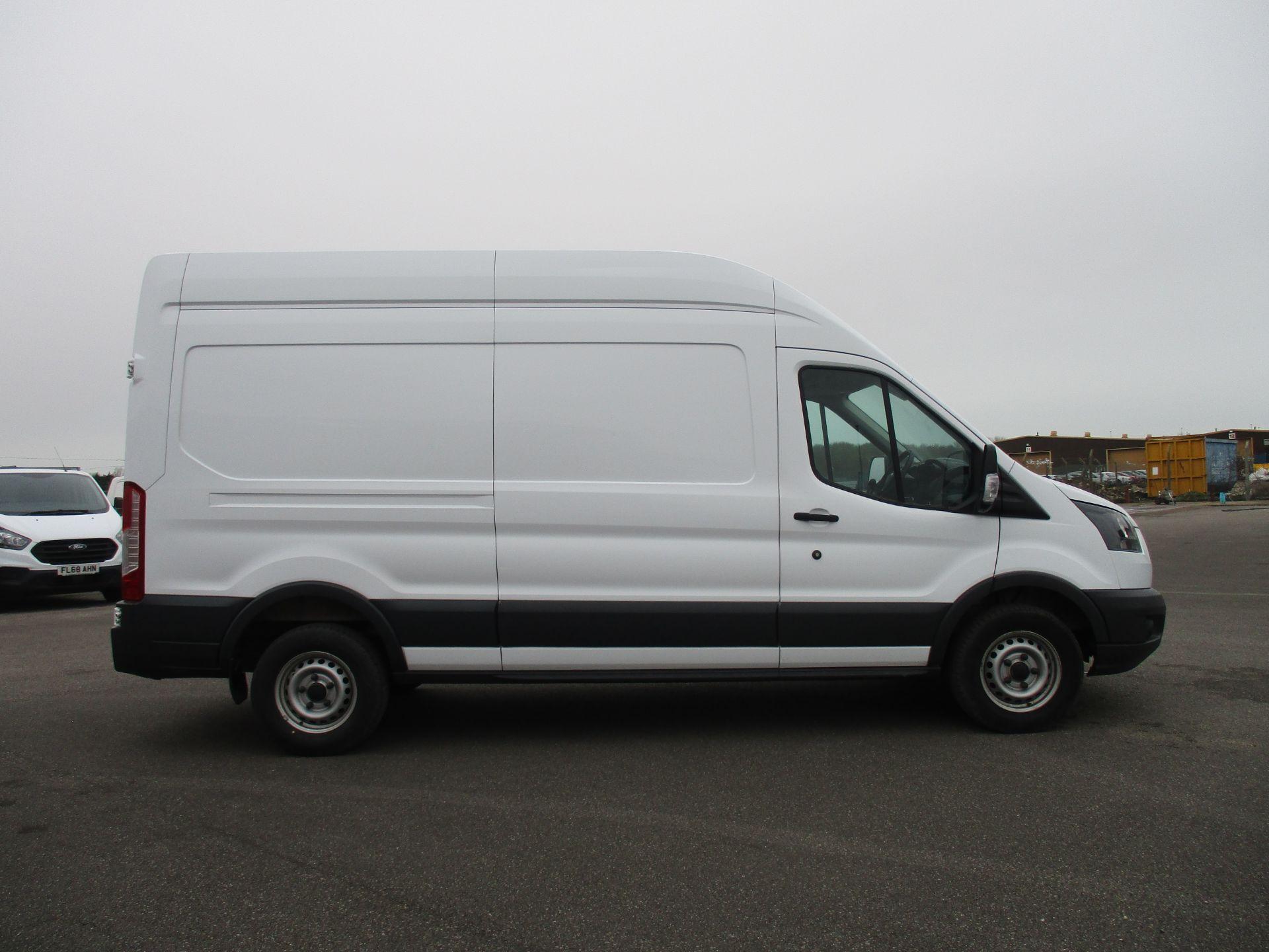 2017 Ford Transit L3 H3 VAN 130PS EURO 6 (FG67FFJ) Image 4