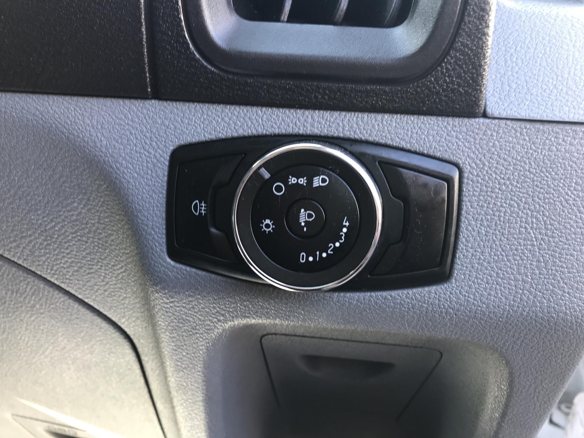 2017 Ford Transit 350 L3 H3 VAN 130PS EURO 6 (FG67FHA) Image 17