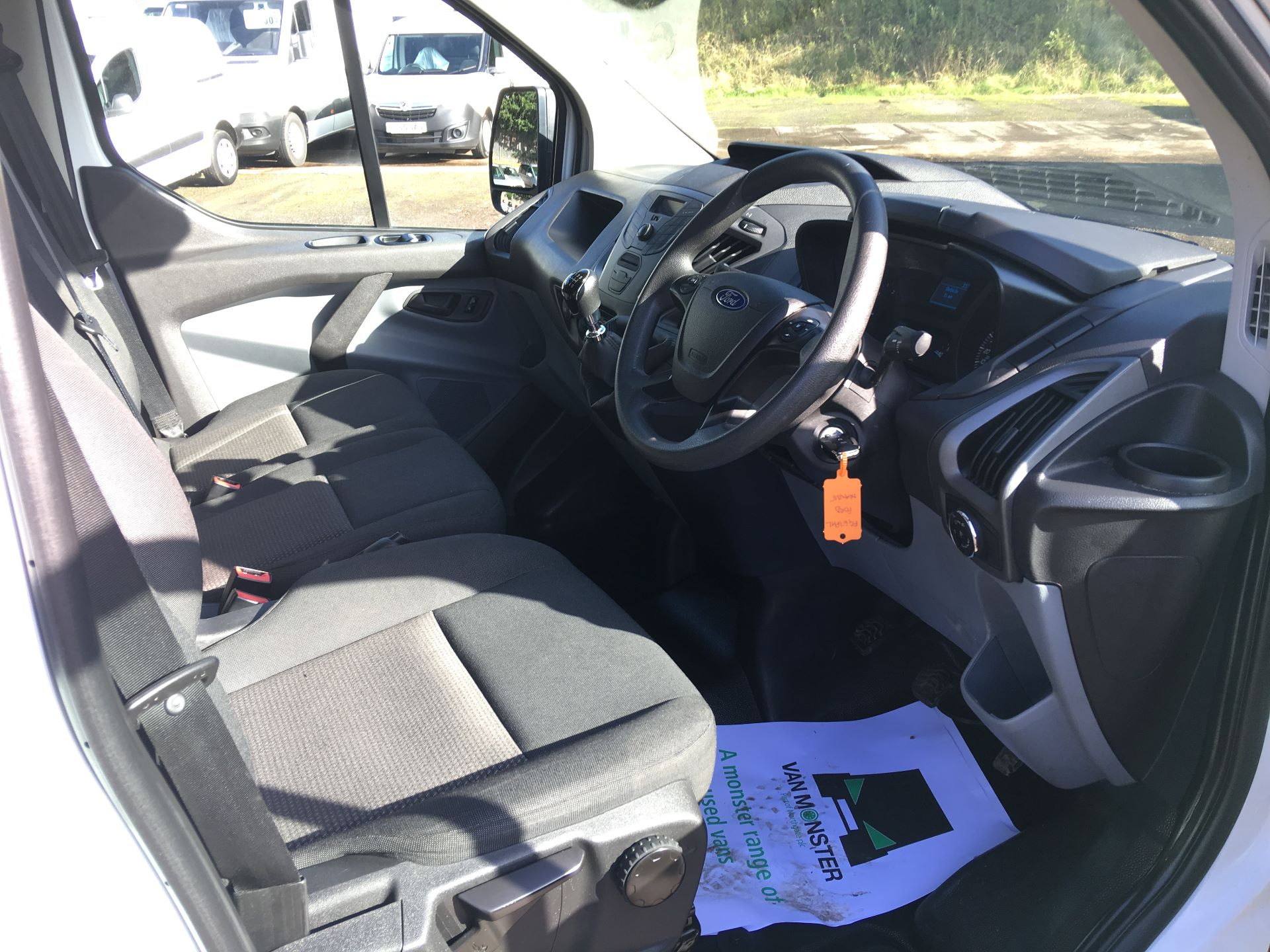 2017 Ford Transit Custom 290 L1 DIESEL FWD 2.0 TDCI 105PS LOW ROOF VAN EURO 6 (FG67FHL) Image 2