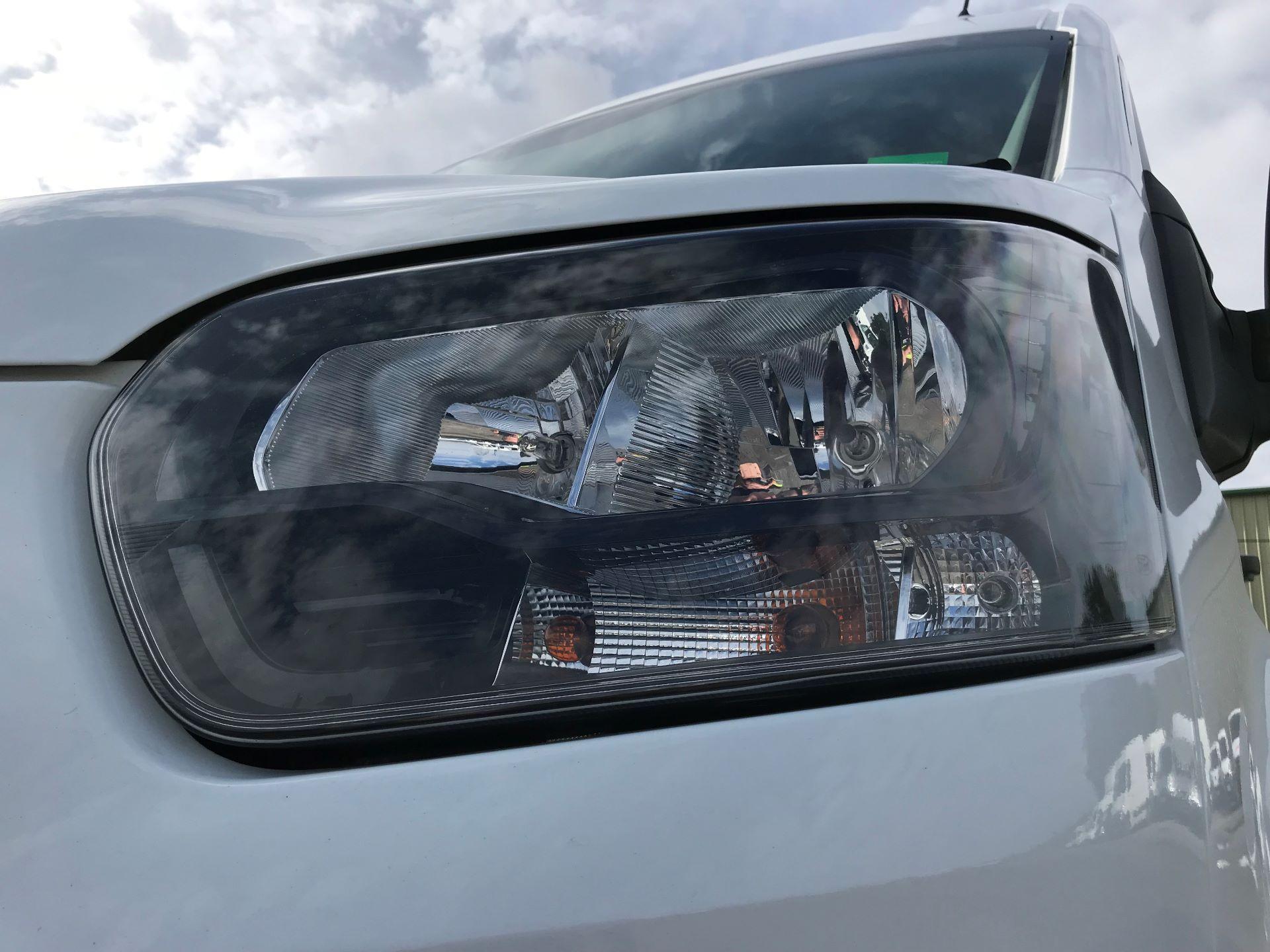 2017 Ford Transit L3 H3 VAN 130PS EURO 6 (FG67FHM) Image 18