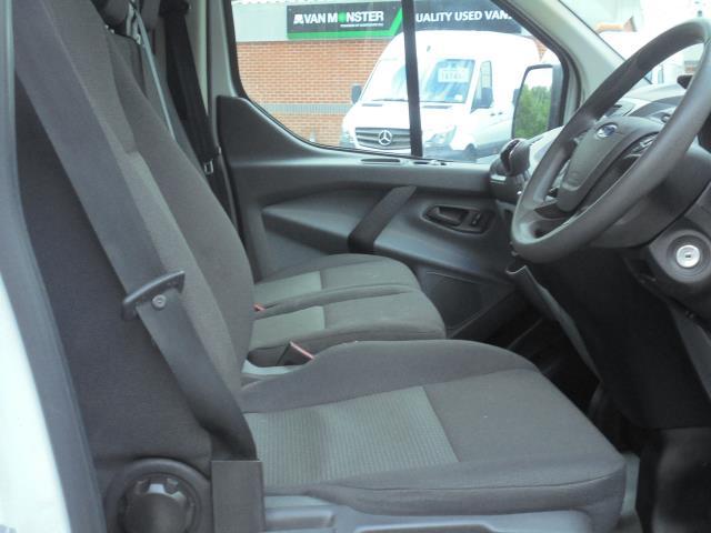2017 Ford Transit Custom  290 L1 DIESEL FWD 2.0 TDCI 105PS LOW ROOF VAN EURO 6 (FG67FMY) Image 12