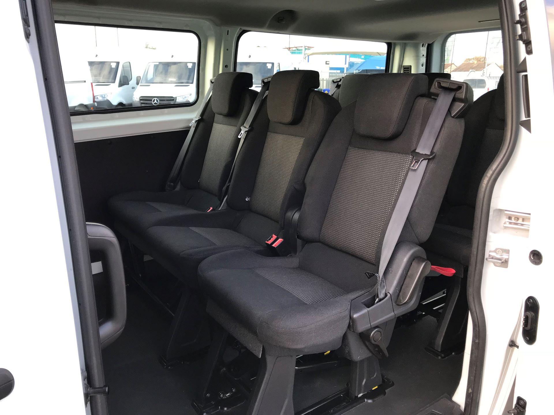 2017 Ford Transit Custom   310 L2 L/R KOMBI 130PS EURO 6 (FG67FOM) Image 11