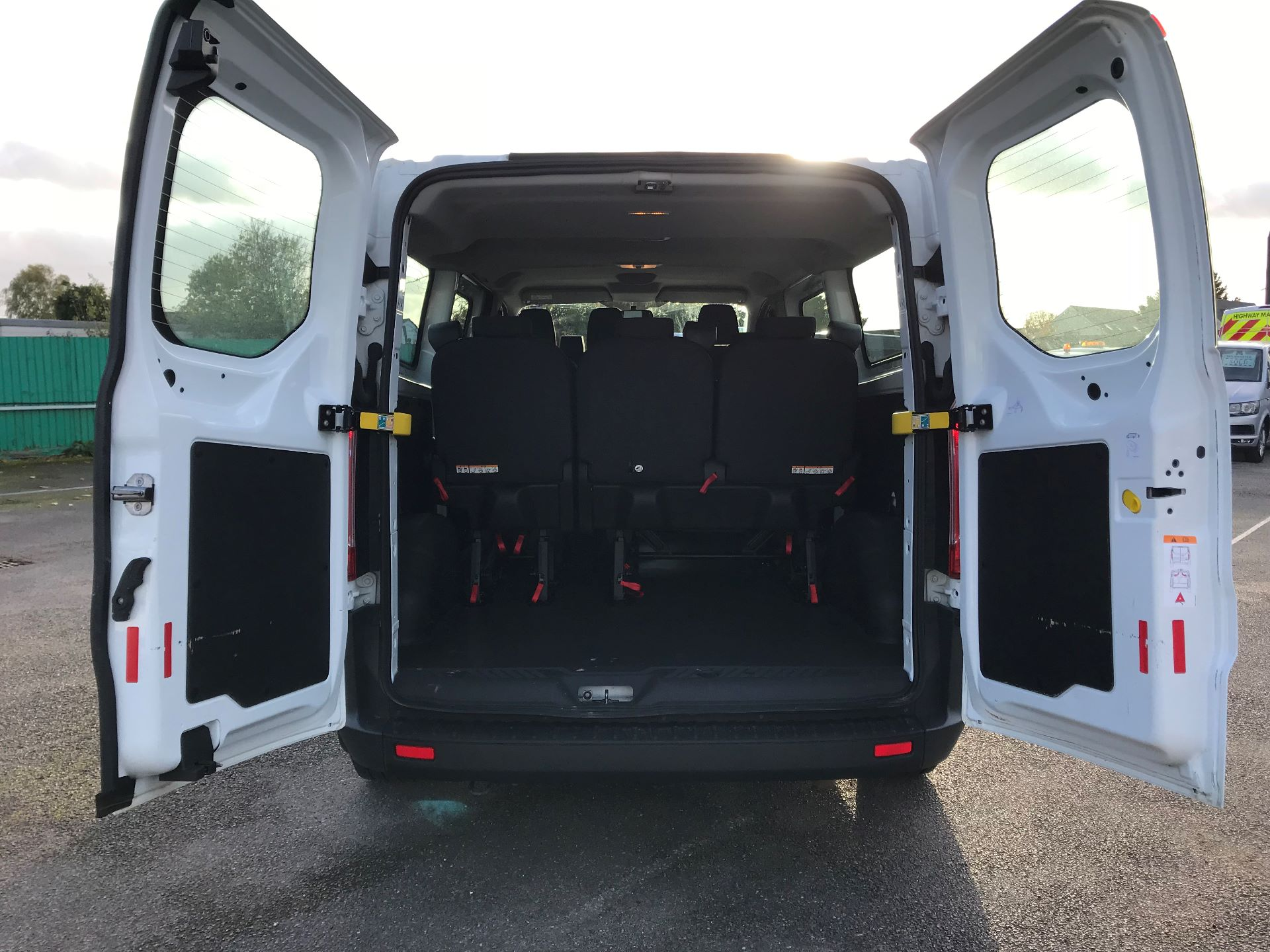 2017 Ford Transit Custom   310 L2 L/R KOMBI 130PS EURO 6 (FG67FOM) Image 7