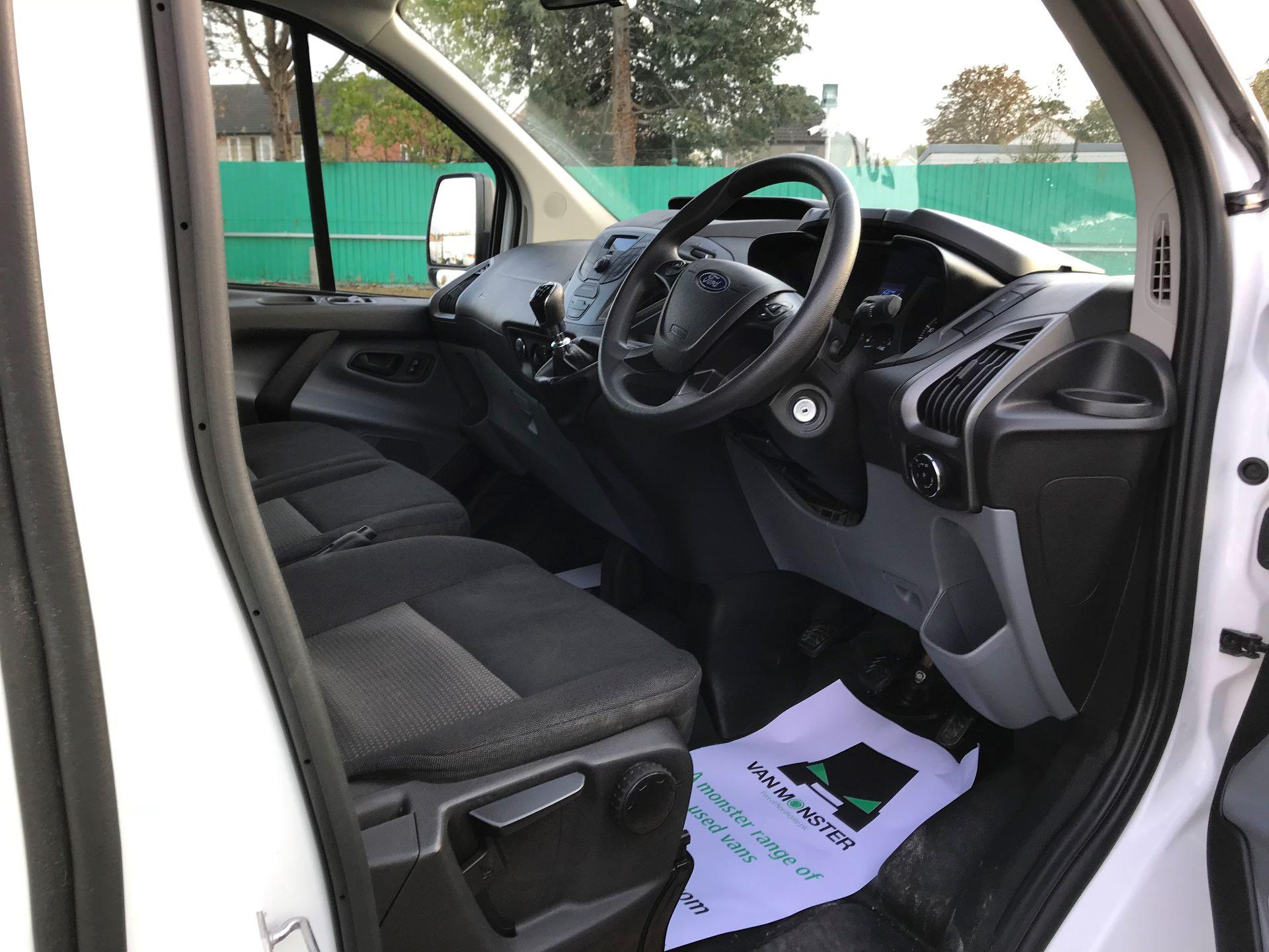 2017 Ford Transit Custom   310 L2 L/R KOMBI 130PS EURO 6 (FG67FOM) Image 21