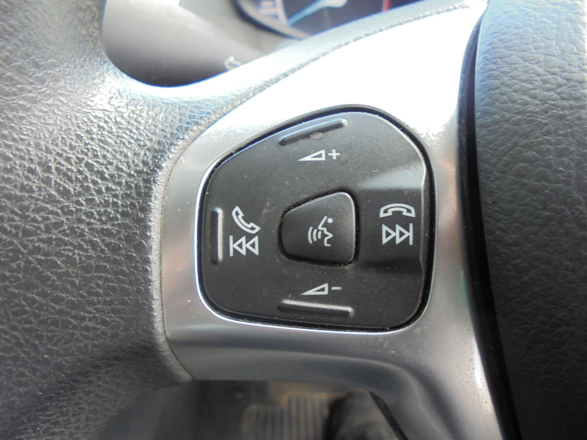 2017 Ford Fiesta BASE TDCI 1.5 Tdci Van EURO 6 (FG67FWM) Image 14