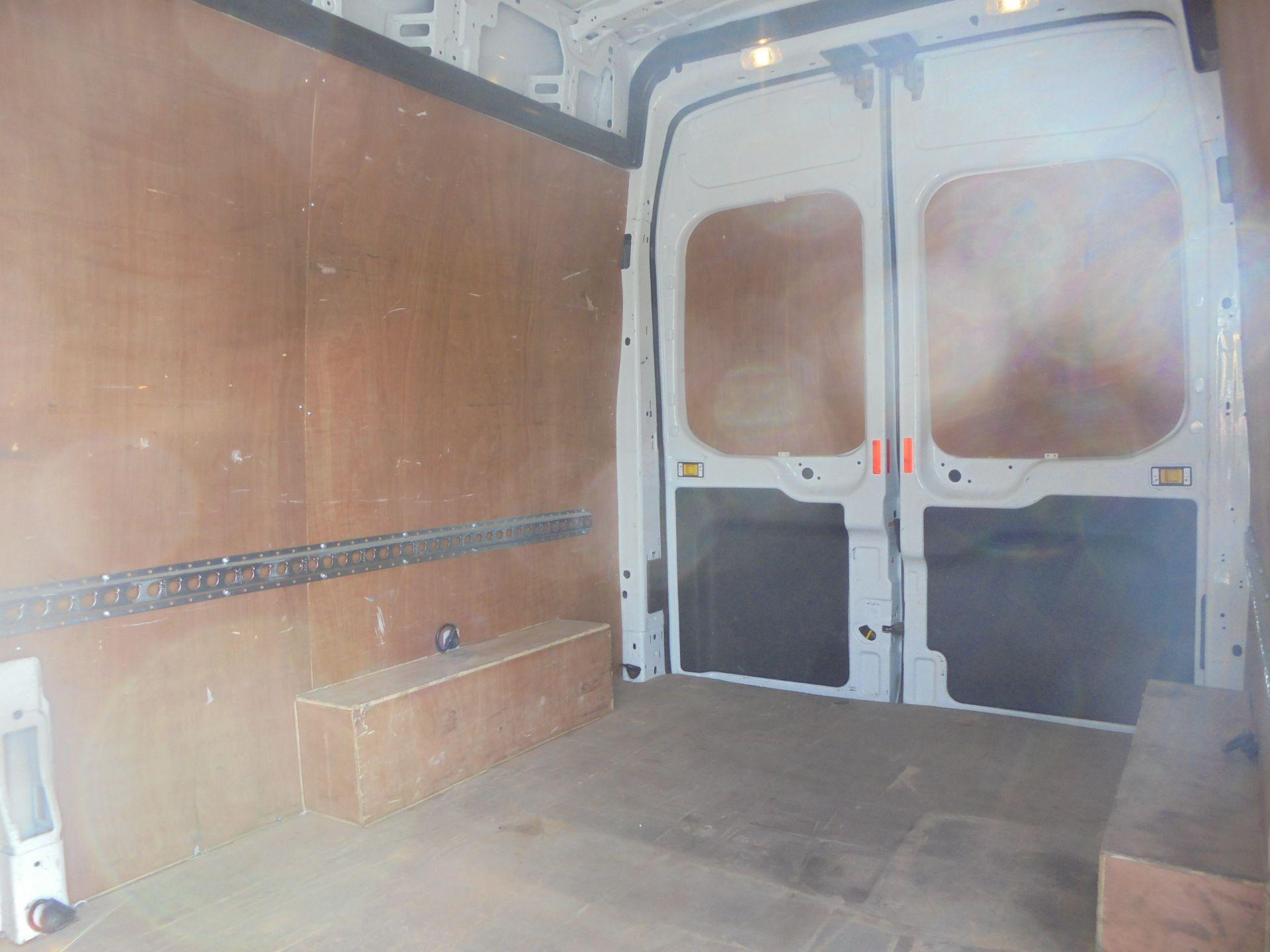 2017 Ford Transit 2.0 Tdci 130Ps H3 Van (FG67FWZ) Image 7
