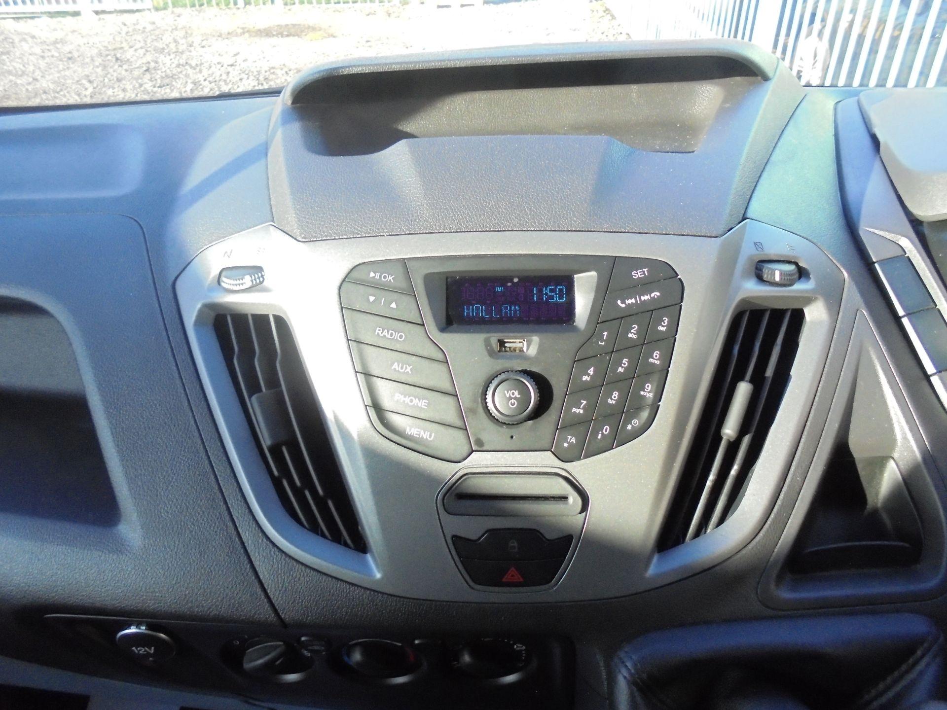 2017 Ford Transit Custom 2.0 Tdci 105Ps Low Roof Van (FG67FYJ) Image 13