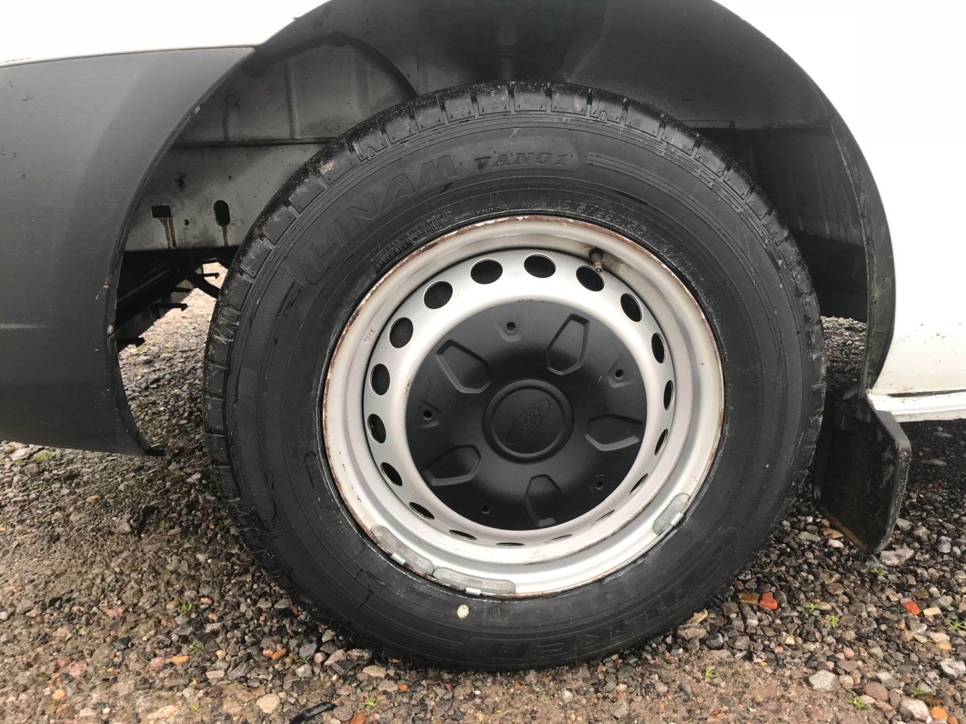 2017 Ford Transit Custom  290 L1 DIESEL FWD 2.0 TDCI 105PS LOW ROOF VAN EURO 6 (FG67FYT) Image 21