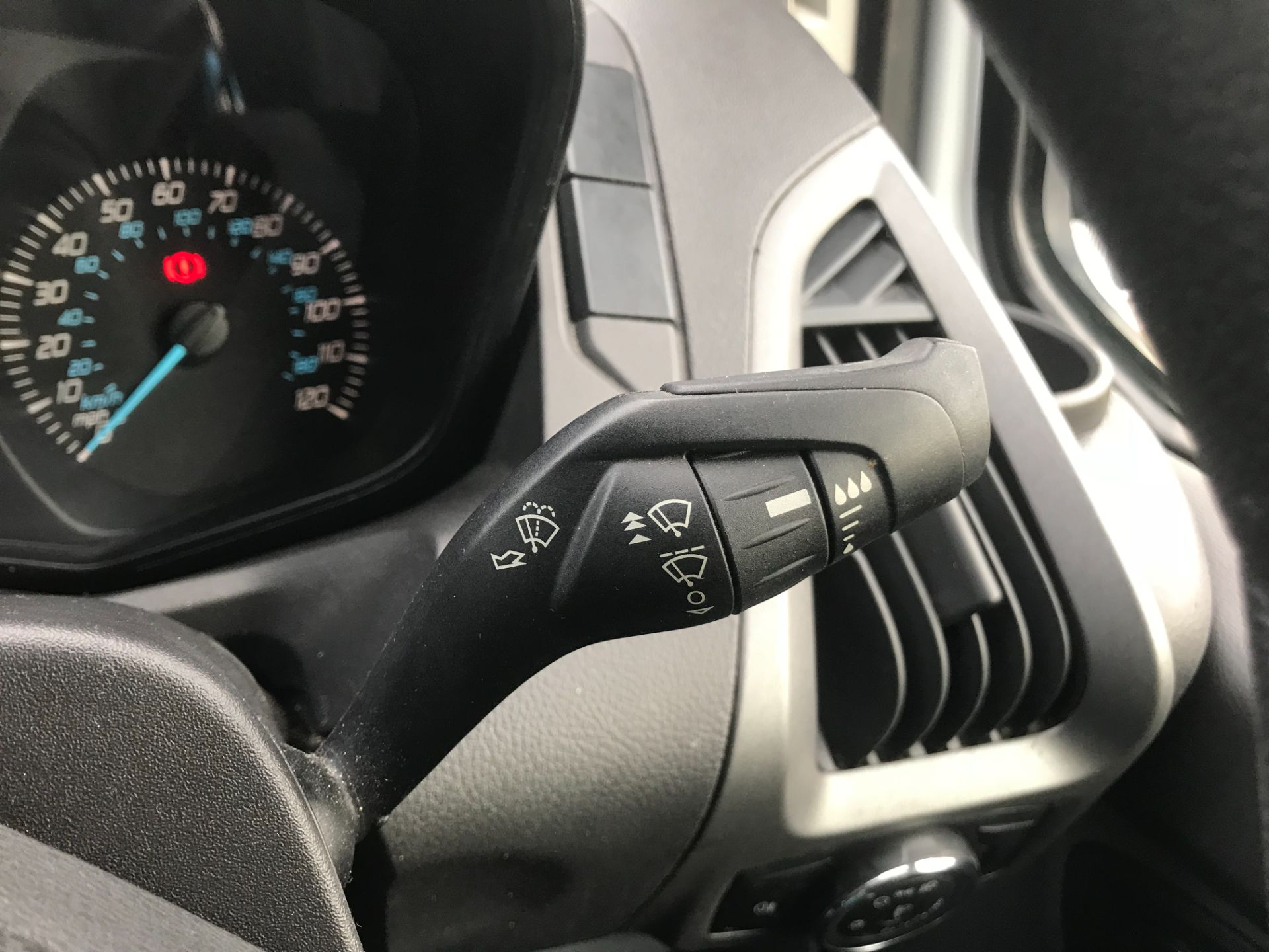 2017 Ford Transit Custom  290 L1 DIESEL FWD 2.0 TDCI 105PS LOW ROOF VAN EURO 6 (FG67FYT) Image 34