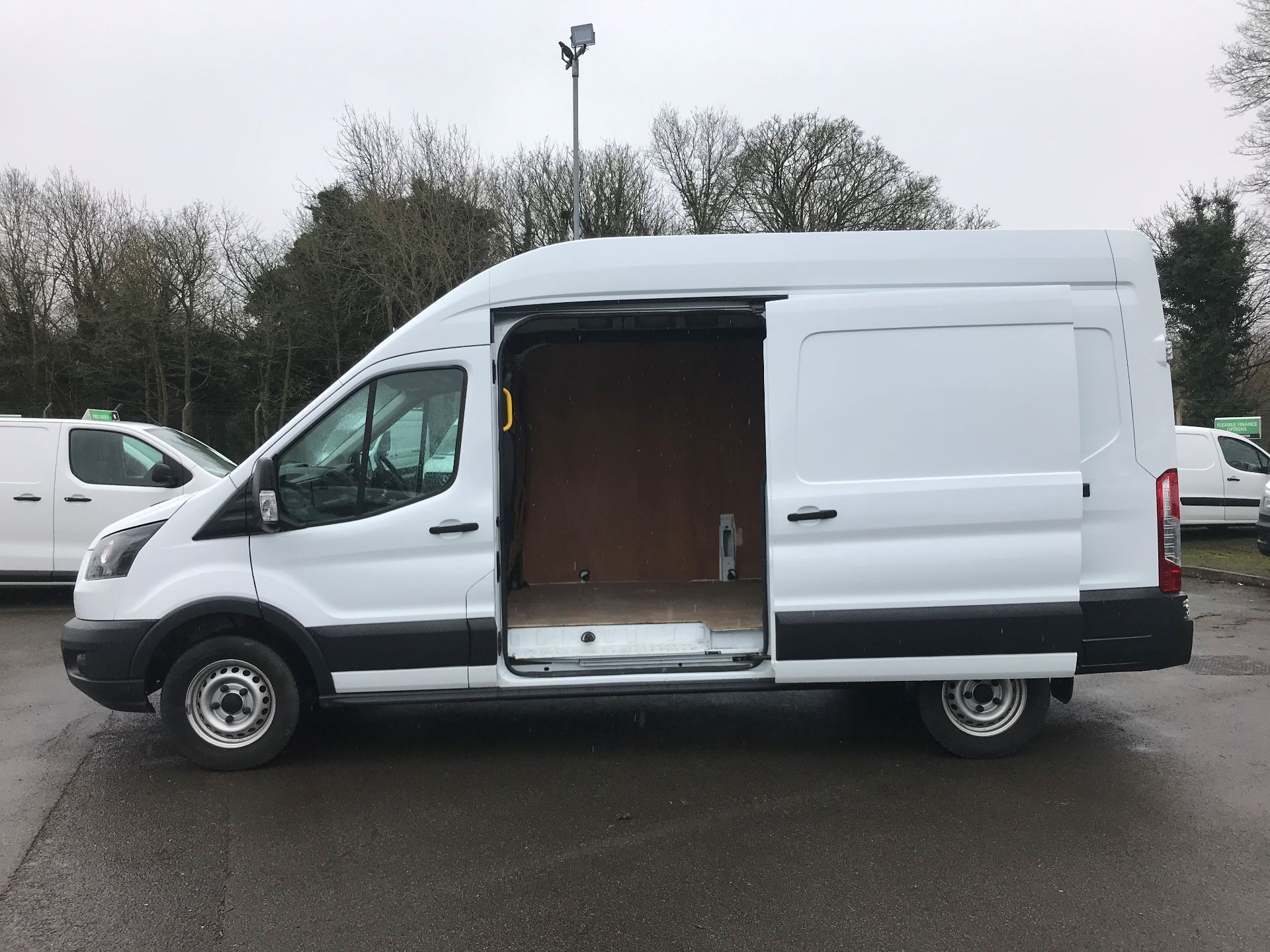 2017 Ford Transit L3 H3 VAN 130PS EURO 6 (FG67FZF) Image 5