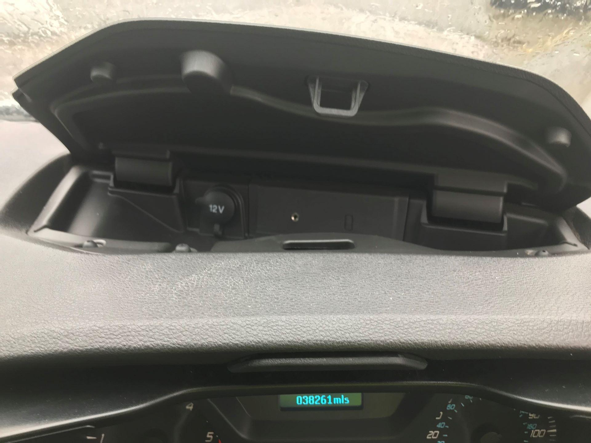 2017 Ford Transit L3 H3 VAN 130PS EURO 6 (FG67FZF) Image 18