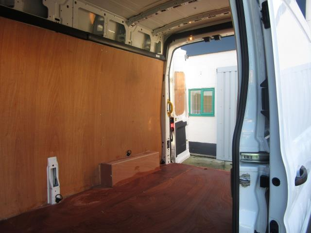 2015 Ford Transit  350 L3 H3 VAN 125PS EURO 5 (FH15CGE) Image 9