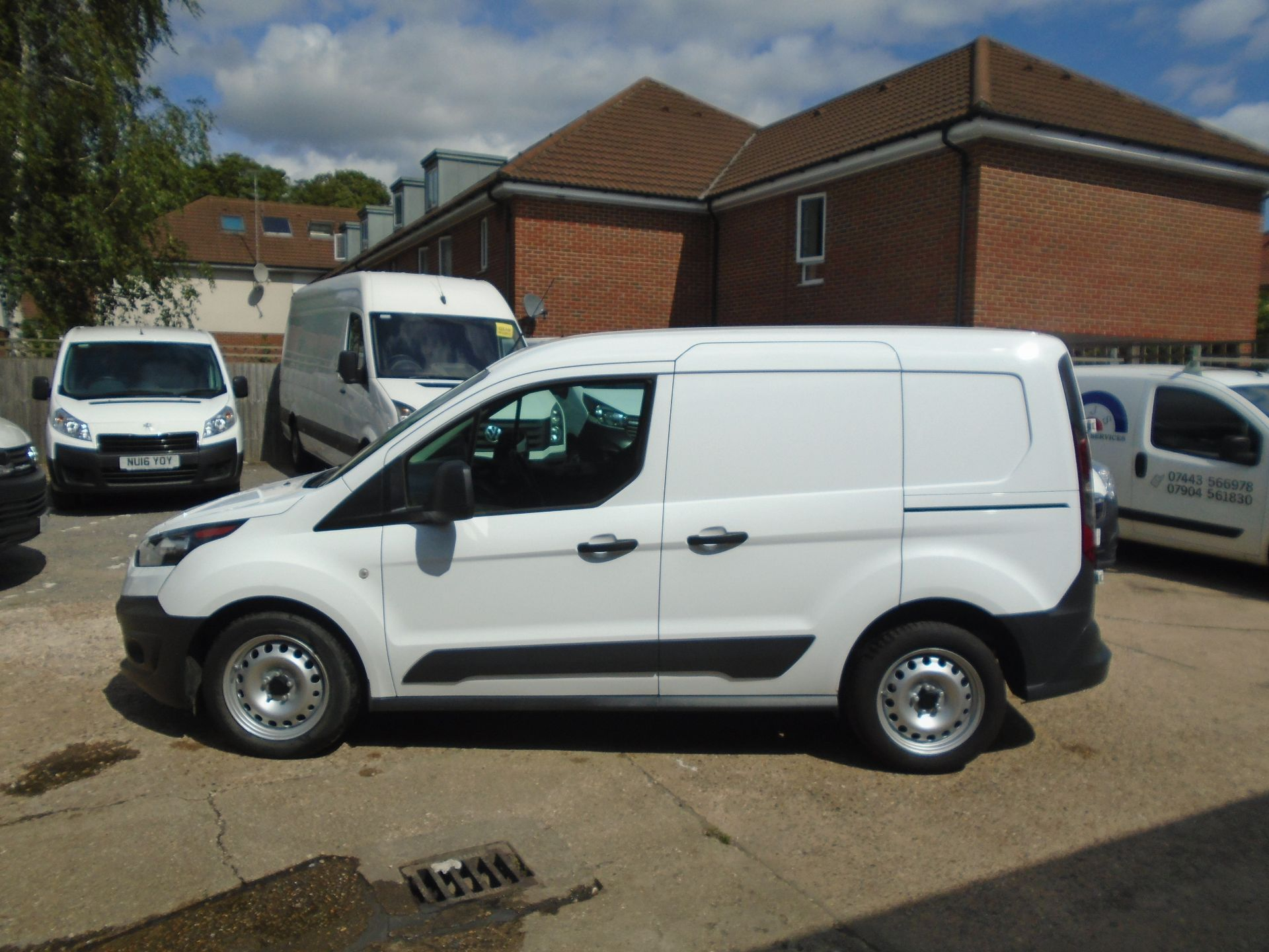 2016 Ford Transit Connect 1.5 Tdci 75Ps Van(EURO 5) (FH16KGP) Image 11