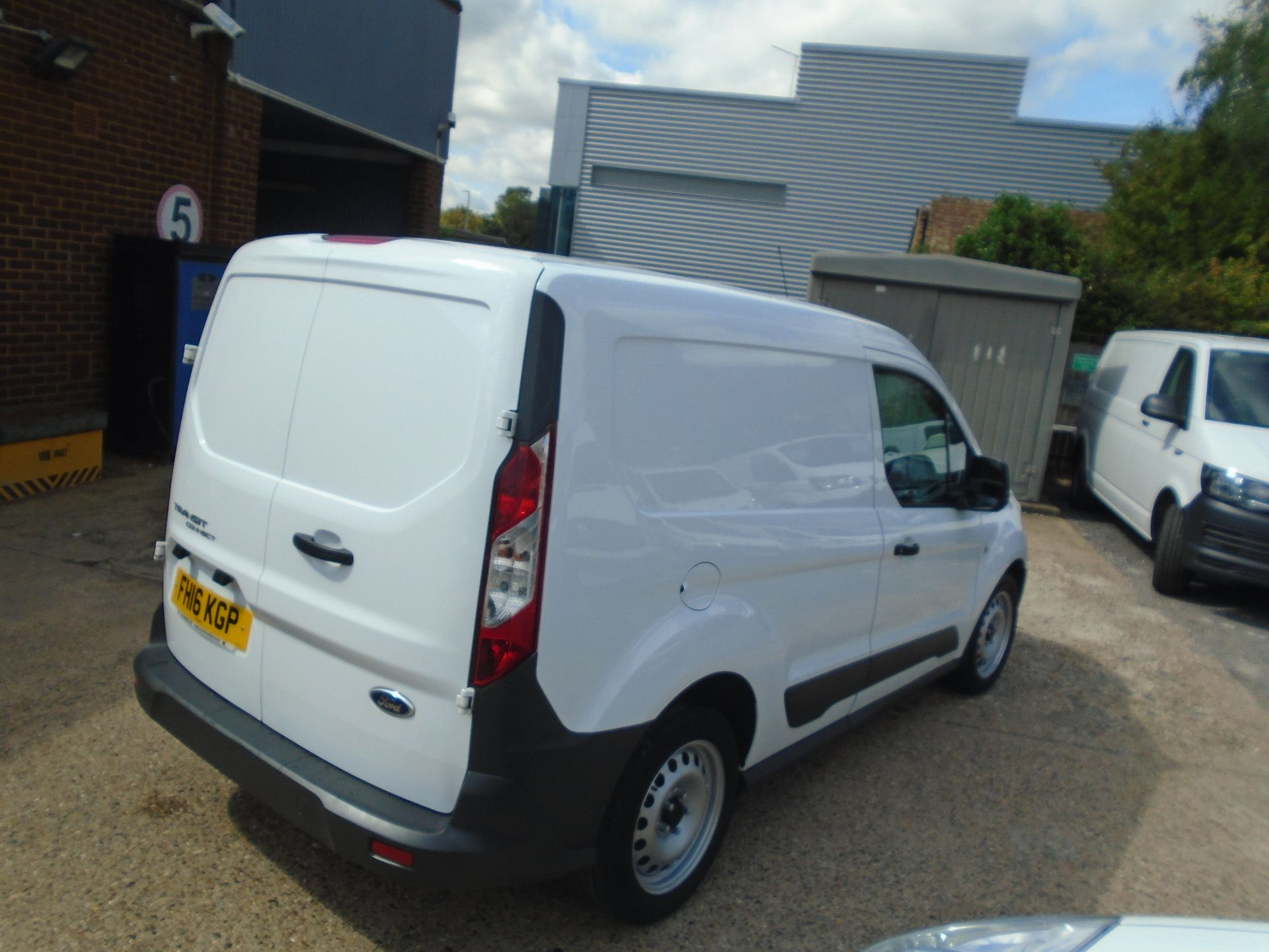 2016 Ford Transit Connect 1.5 Tdci 75Ps Van(EURO 5) (FH16KGP) Image 5