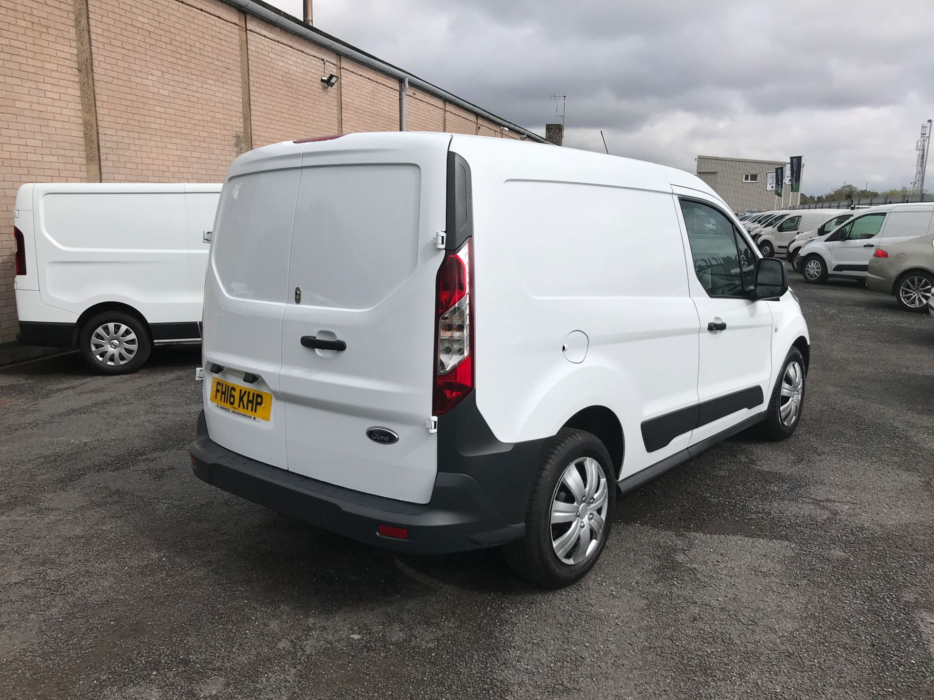2016 Ford Transit Connect T220 L1 H1 1.5TDCI 75PS EURO 6 (FH16KHP) Image 8