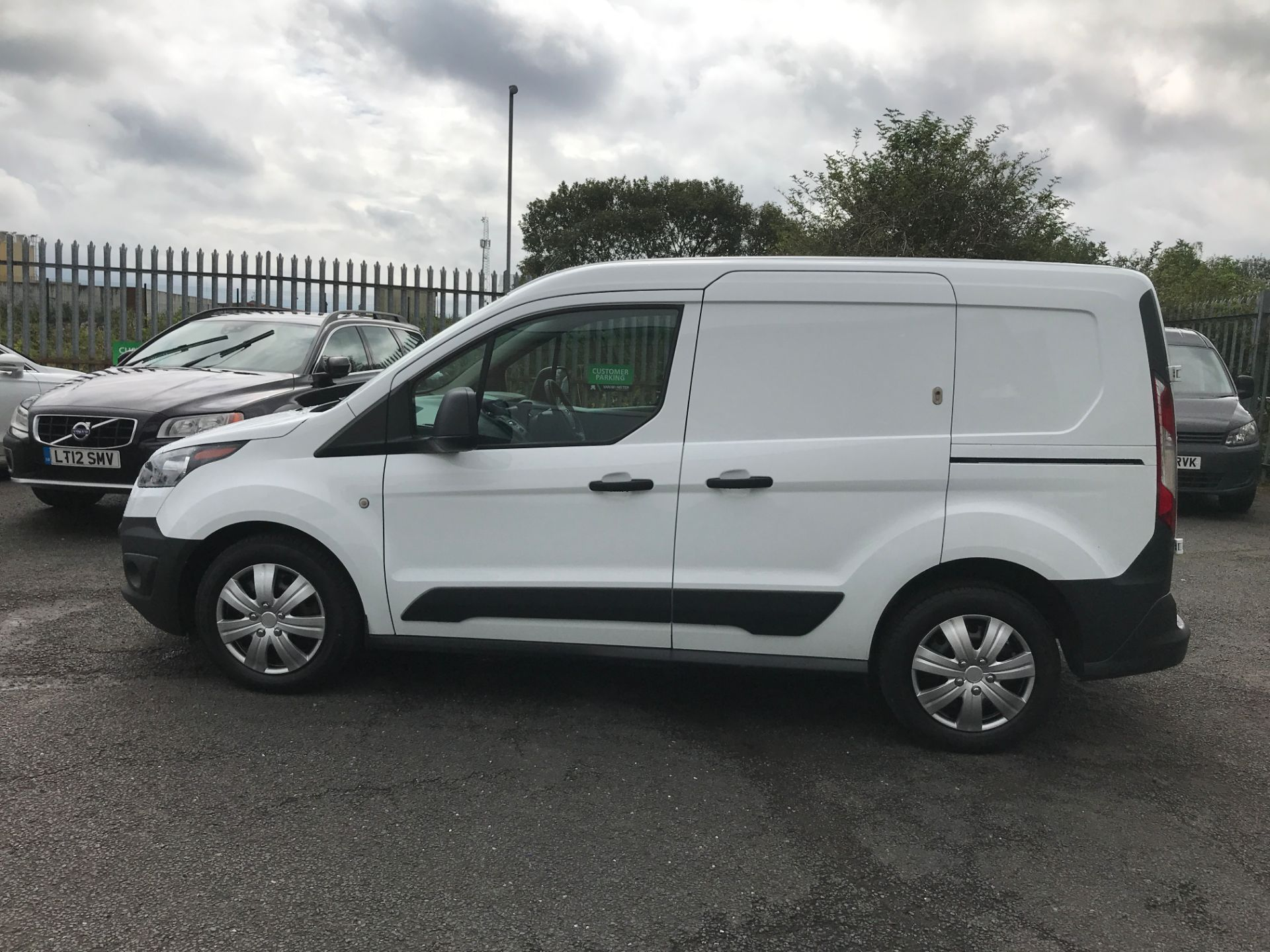 2016 Ford Transit Connect T220 L1 H1 1.5TDCI 75PS EURO 6 (FH16KHP) Image 11