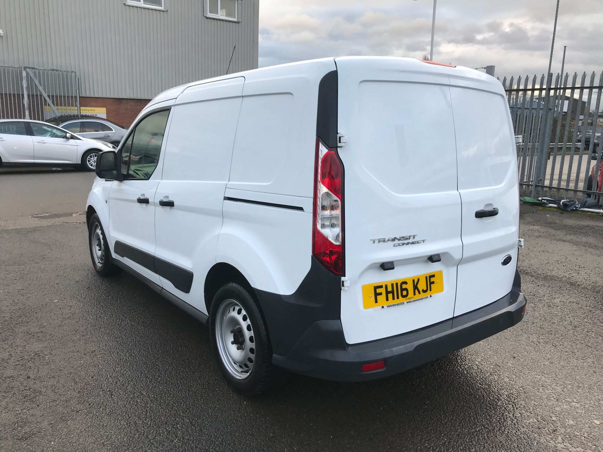 2016 Ford Transit Connect T220 L1 H1 1.5TDCI 75PS EURO 6 (FH16KJF) Image 10
