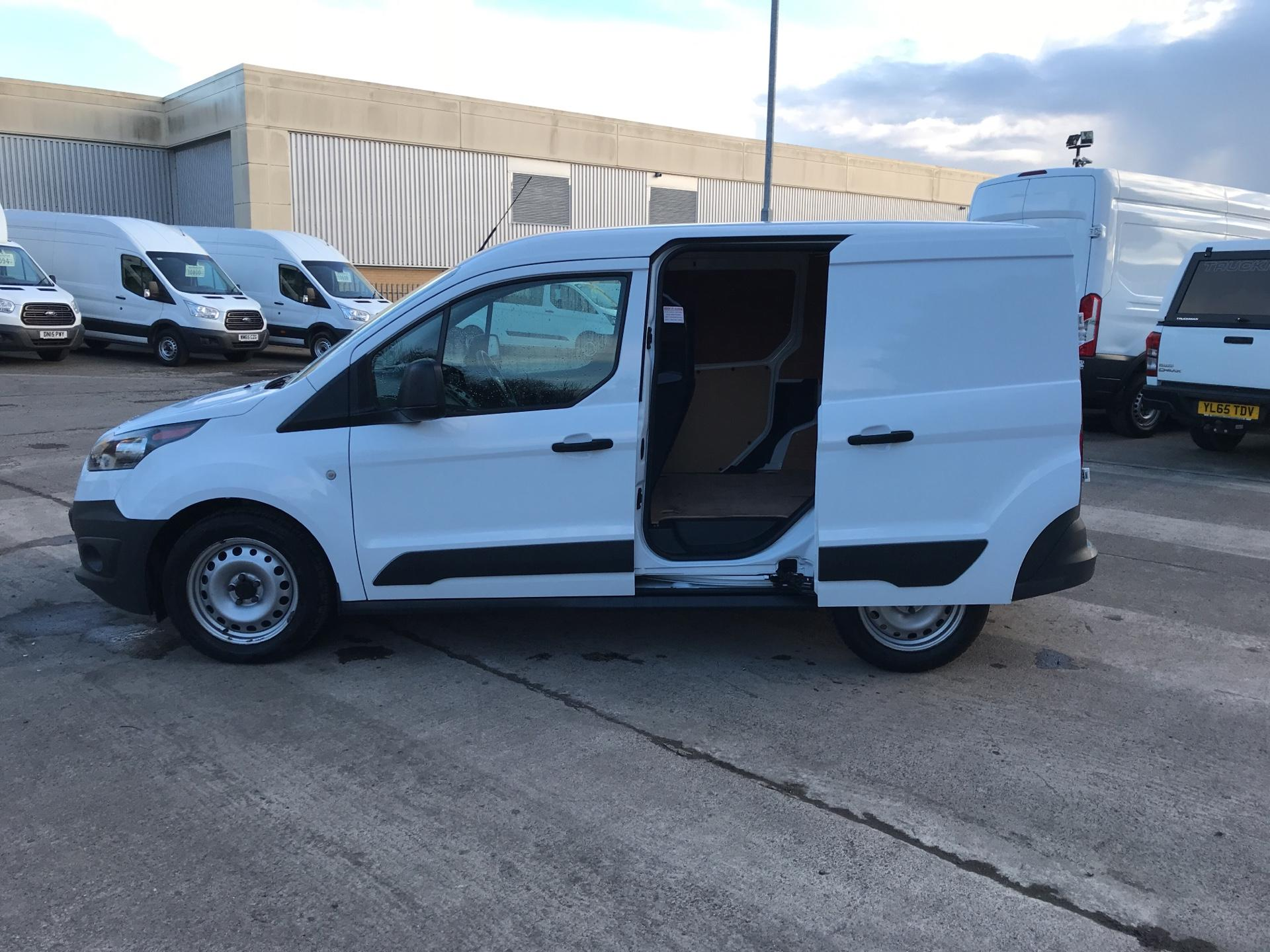 2016 Ford Transit Connect 220 L1 DIESEL 1.5 TDCI 75PS VAN EURO 6 (FH16KLE) Image 17