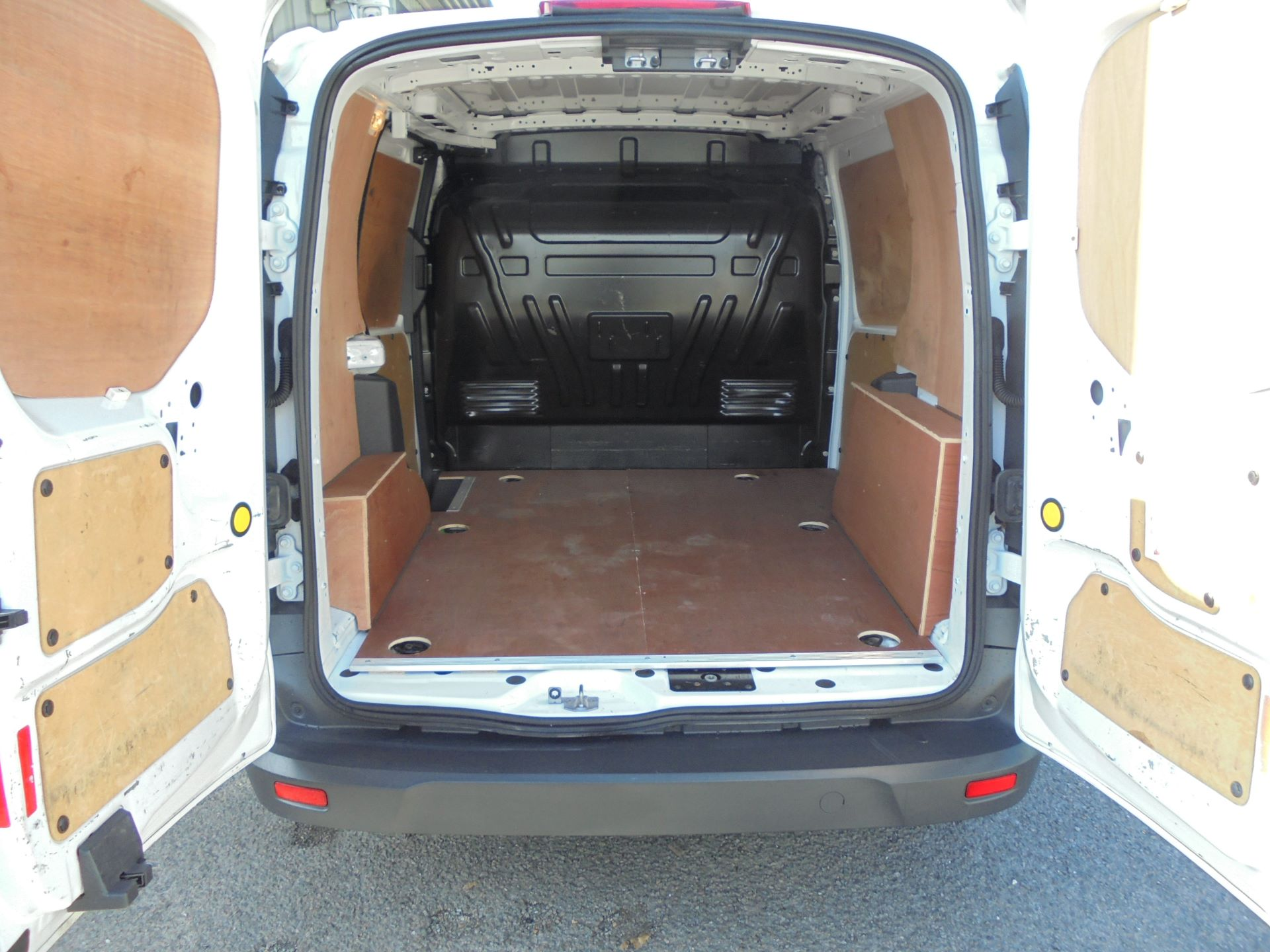 2016 Ford Transit Connect  220 L1 Diesel 1.5 TDCi 75PS Van EURO 6 (FH16KNA) Image 15