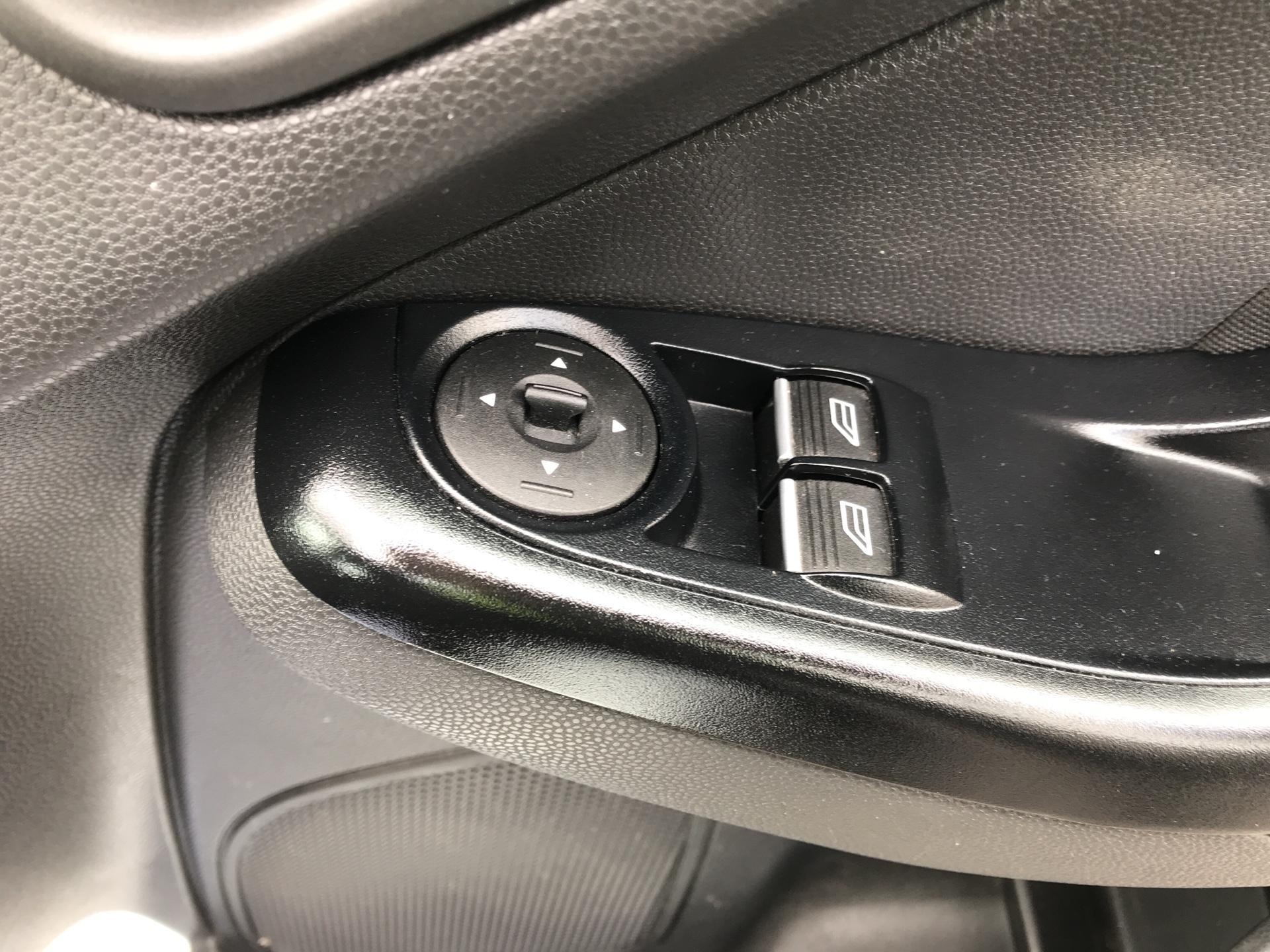 2016 Ford Fiesta DIESEL 1.5 TDCI EURO 5 (FH16KPN) Image 15