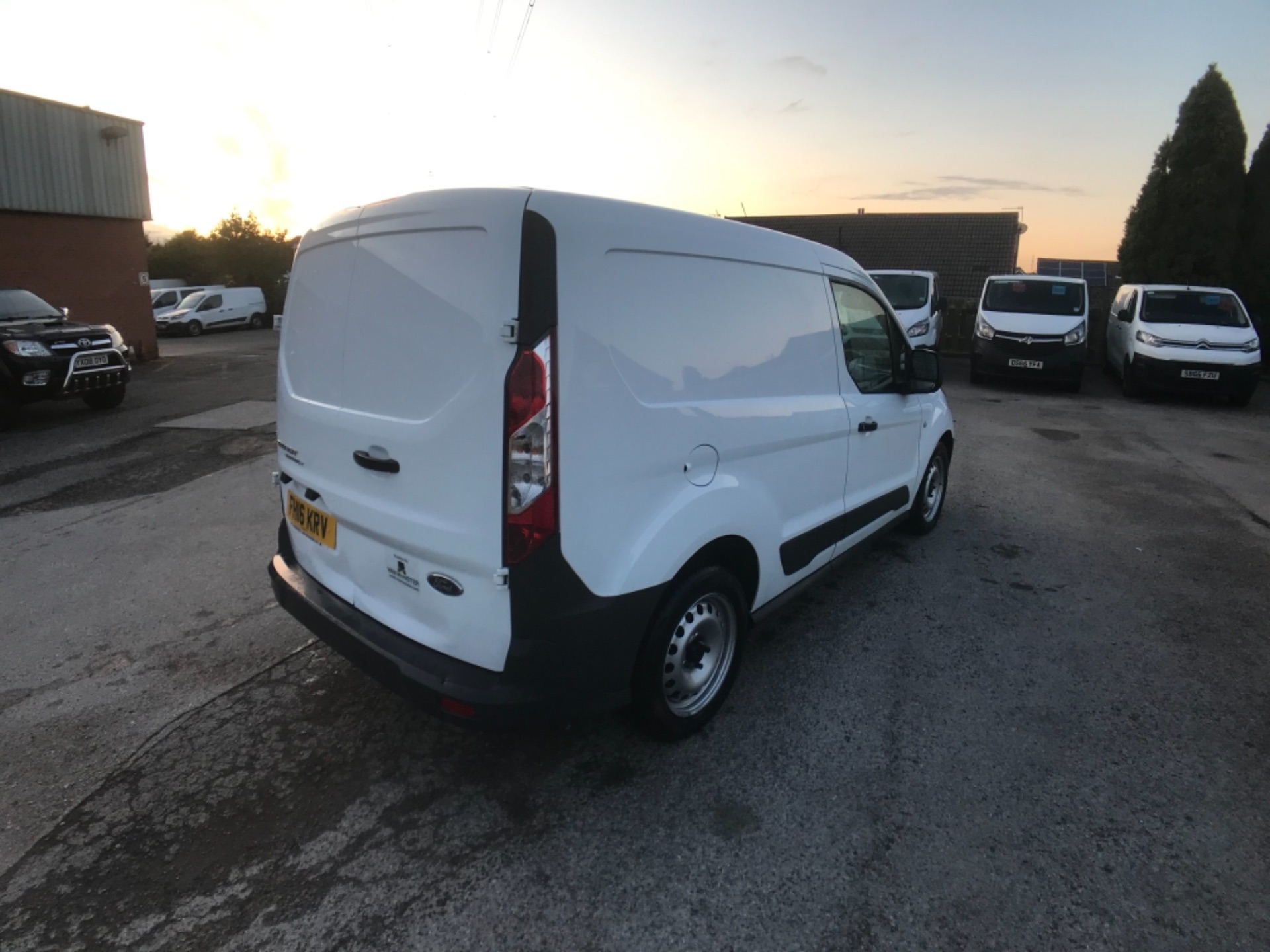 2016 Ford Transit Connect 220 1.5 Tdci 75Ps Van Euro 6 (FH16KRV) Image 8