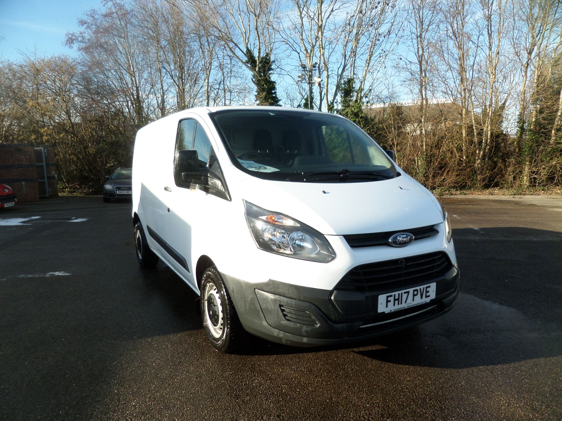 2017 Ford Transit Custom 2.0 Tdci 105Ps Low Roof Van Euro 6 (FH17PVE)
