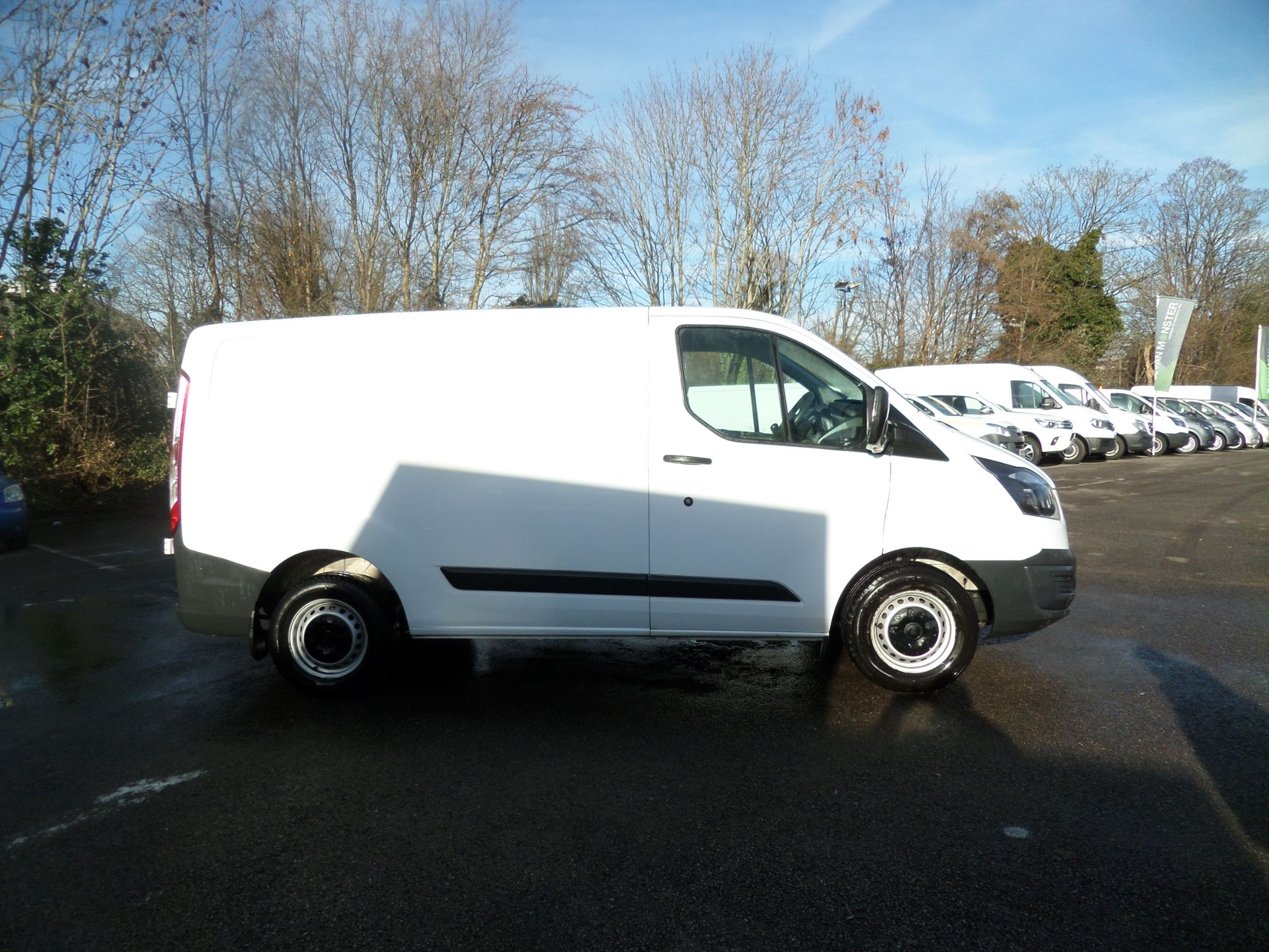 2017 Ford Transit Custom 2.0 Tdci 105Ps Low Roof Van Euro 6 (FH17PVE) Image 2