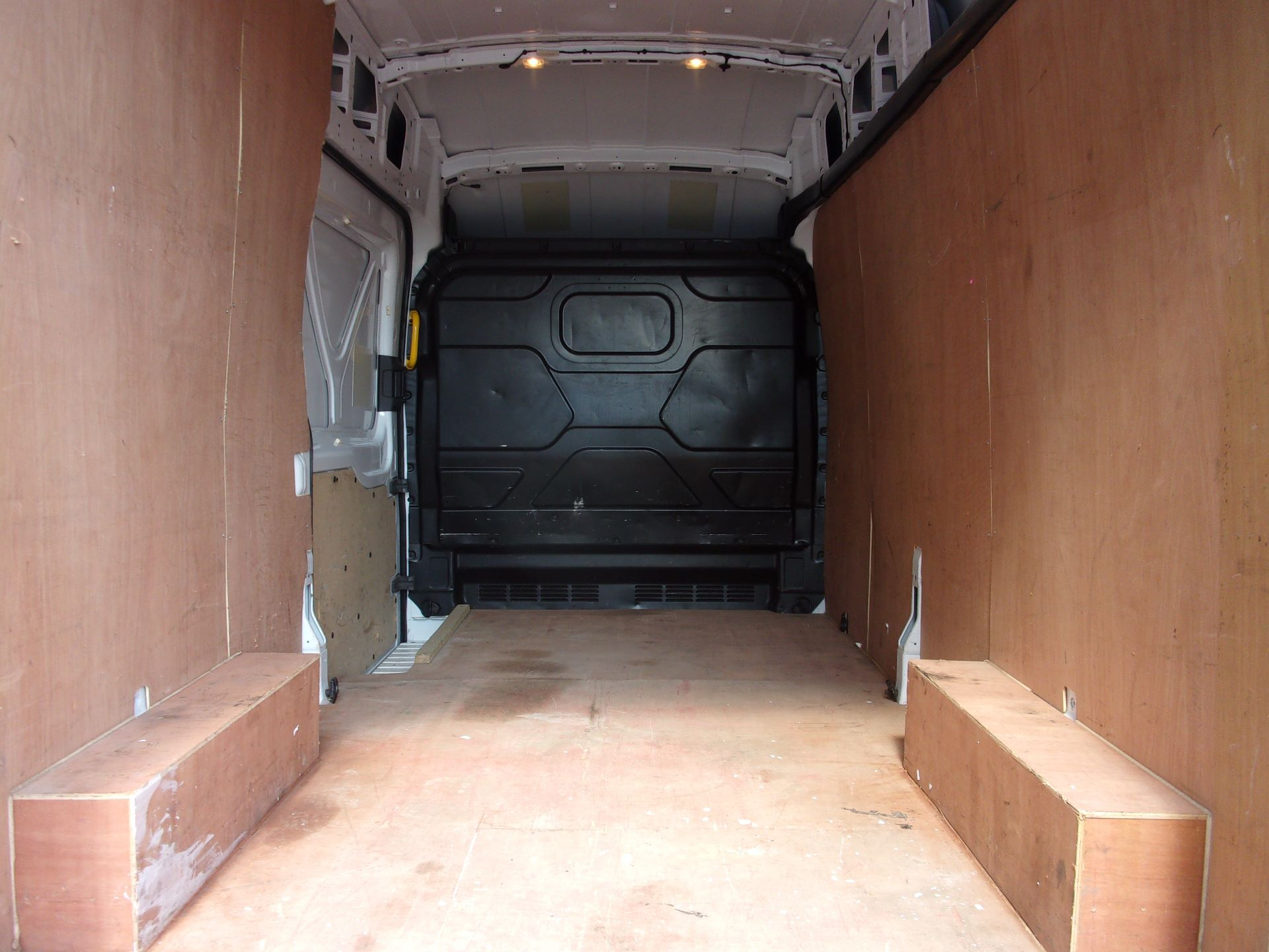 2017 Ford Transit 350 L3 H3 130PS VAN EURO 6 (FH17PWV) Image 18