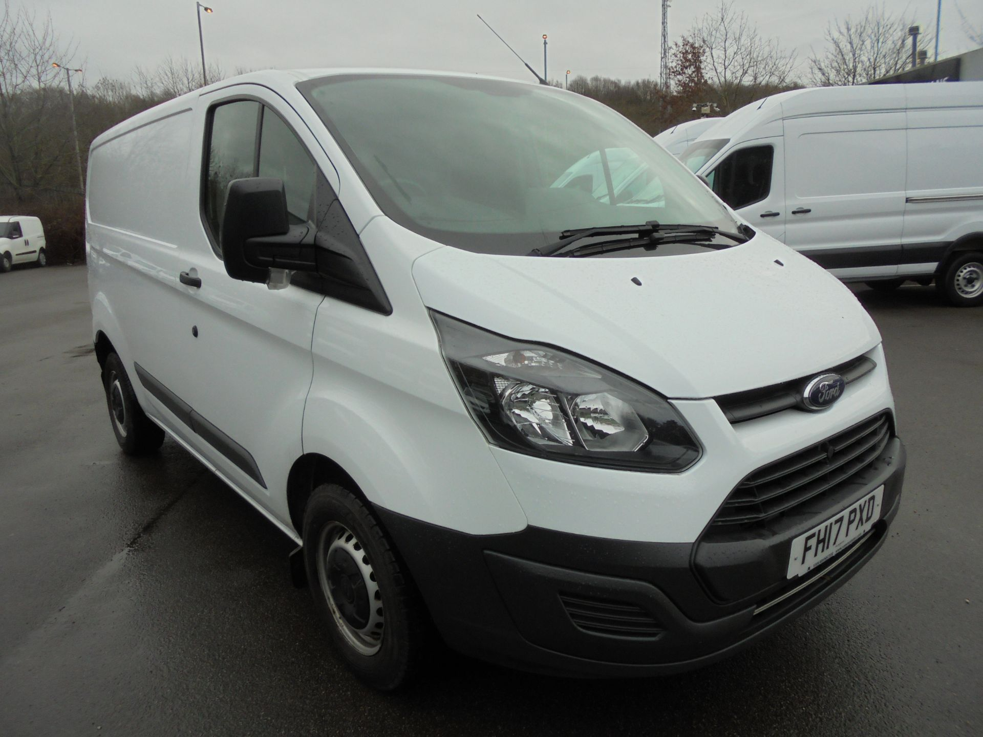 2017 Ford Transit Custom 2.0 Tdci 105Ps Low Roof Van (FH17PXD)