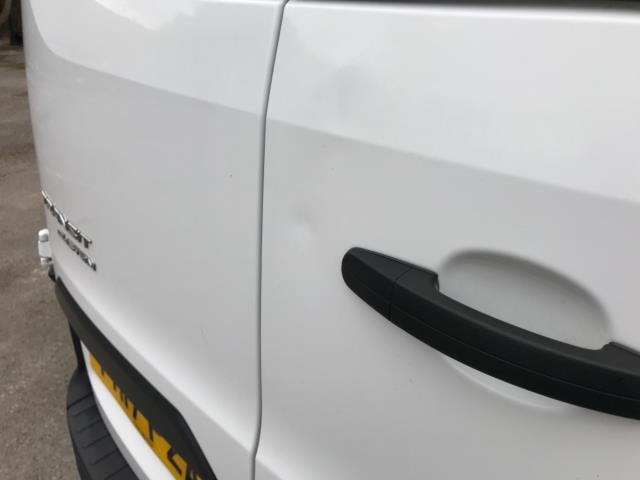 2017 Ford Transit Custom 2.0 Tdci 130Ps Low Roof Kombi Van 9 seater Euro 6 NO VAT (FH17PZA) Image 39