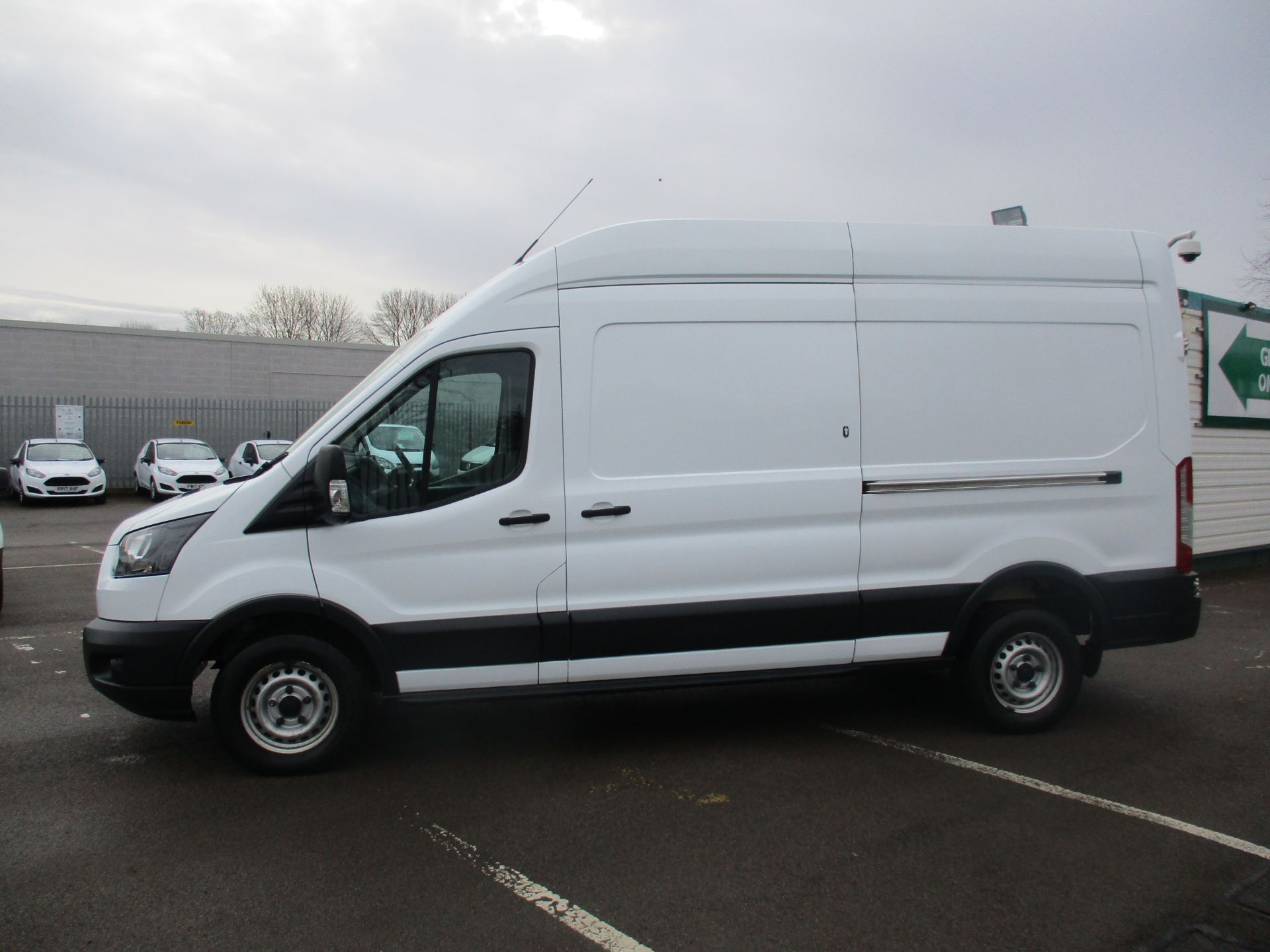 2017 Ford Transit L3 H3 VAN 130PS EURO 6 (FH17RFO) Image 4