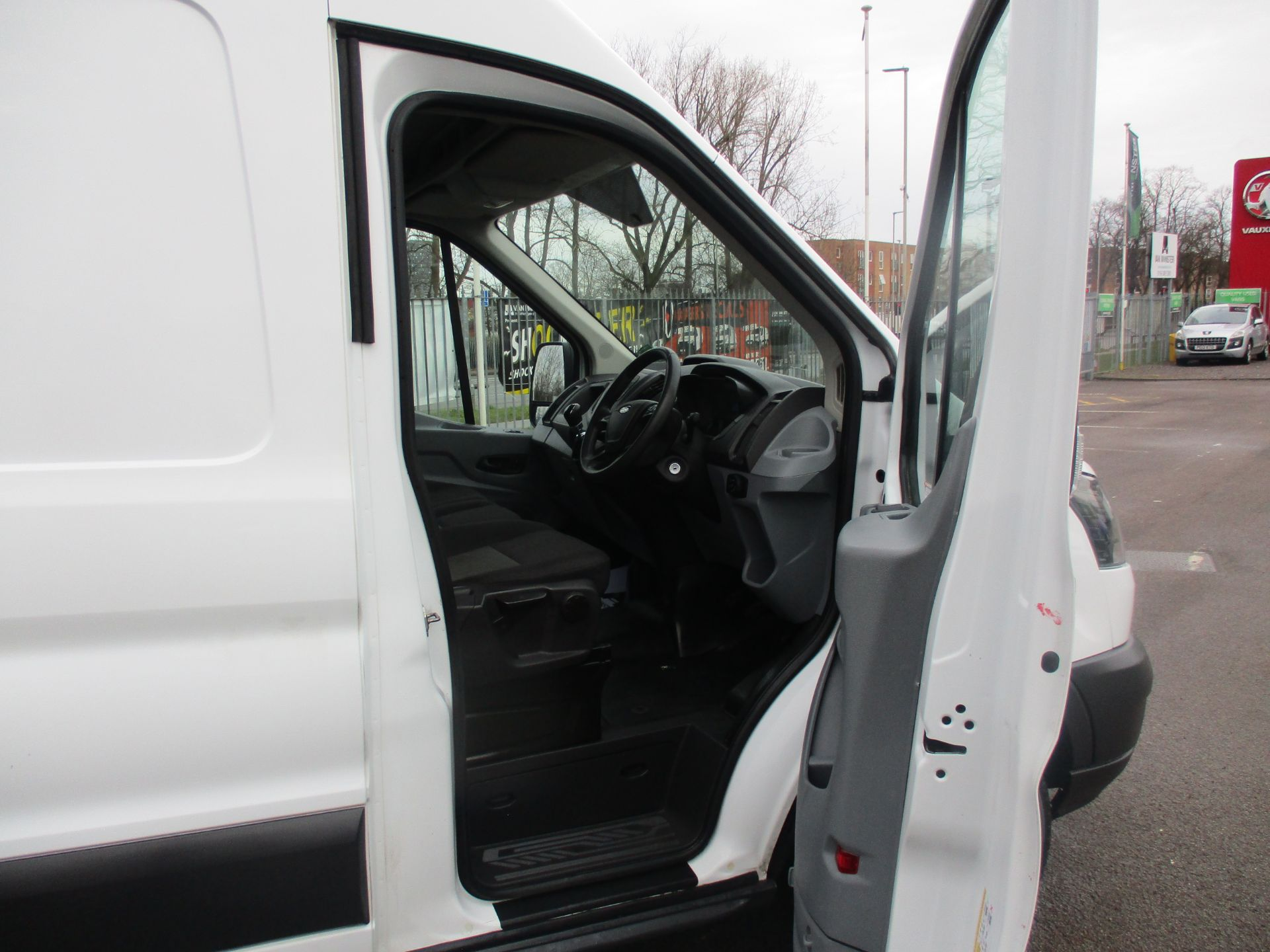 2017 Ford Transit L3 H3 VAN 130PS EURO 6 (FH17RFO) Image 9
