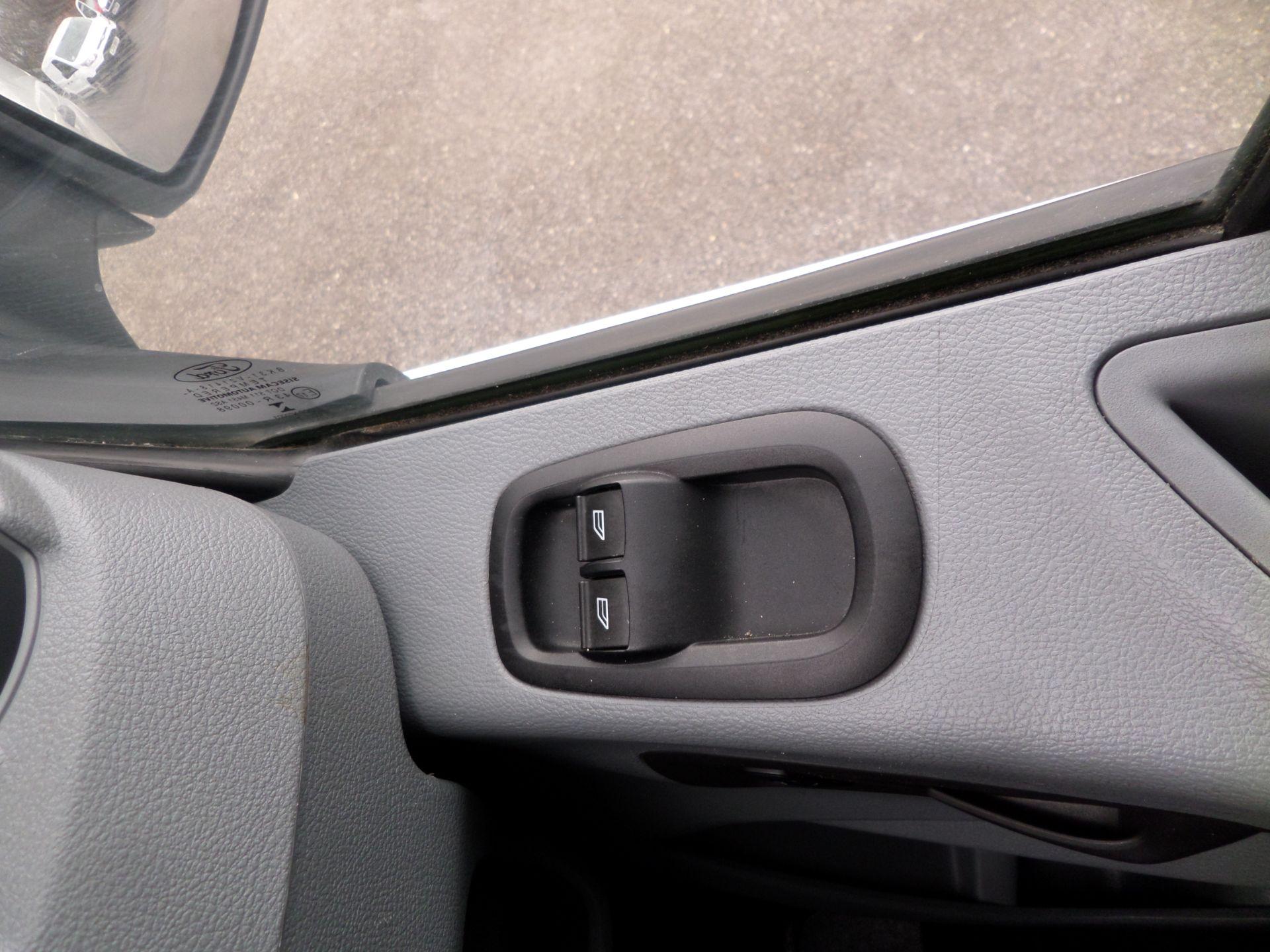 2017 Ford Transit 2.0 Tdci 130Ps H3 Van Euro 6 (FH17RGO) Image 14
