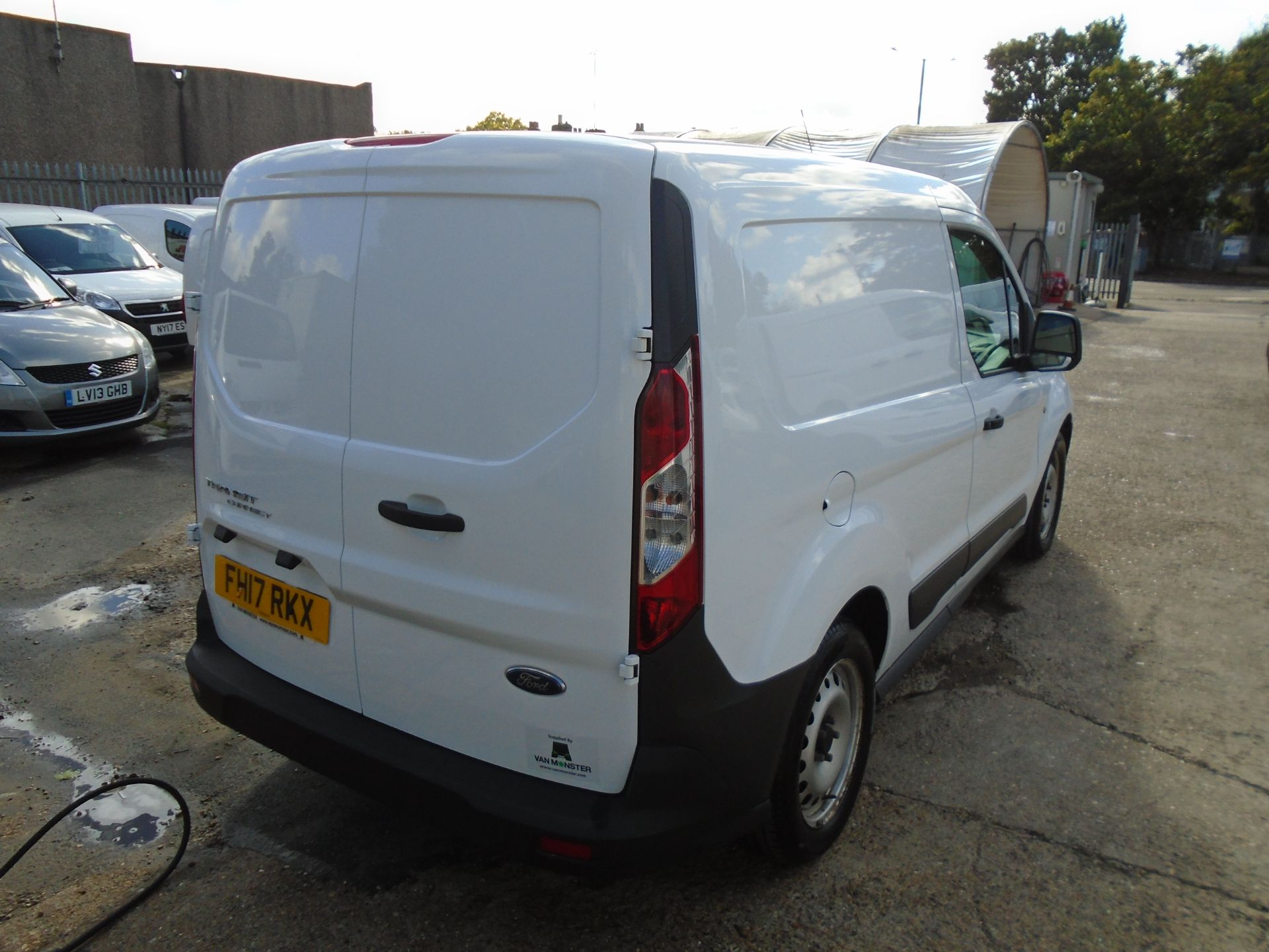 2017 Ford Transit Connect 1.5 Tdci 75Ps Van (FH17RKX) Image 7