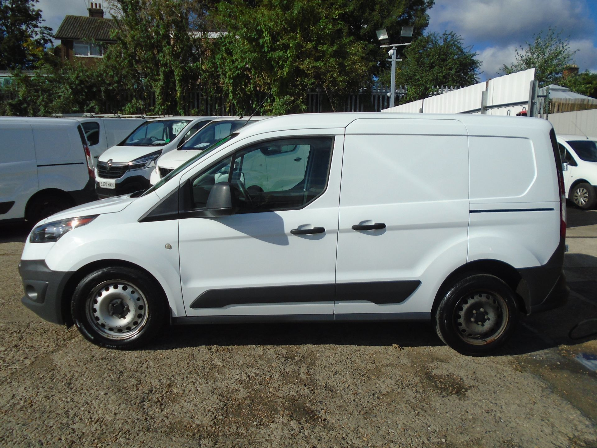 2017 Ford Transit Connect 1.5 Tdci 75Ps Van (FH17RKX) Image 4