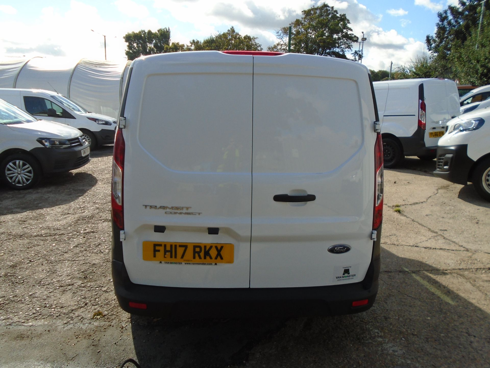 2017 Ford Transit Connect 1.5 Tdci 75Ps Van (FH17RKX) Image 6