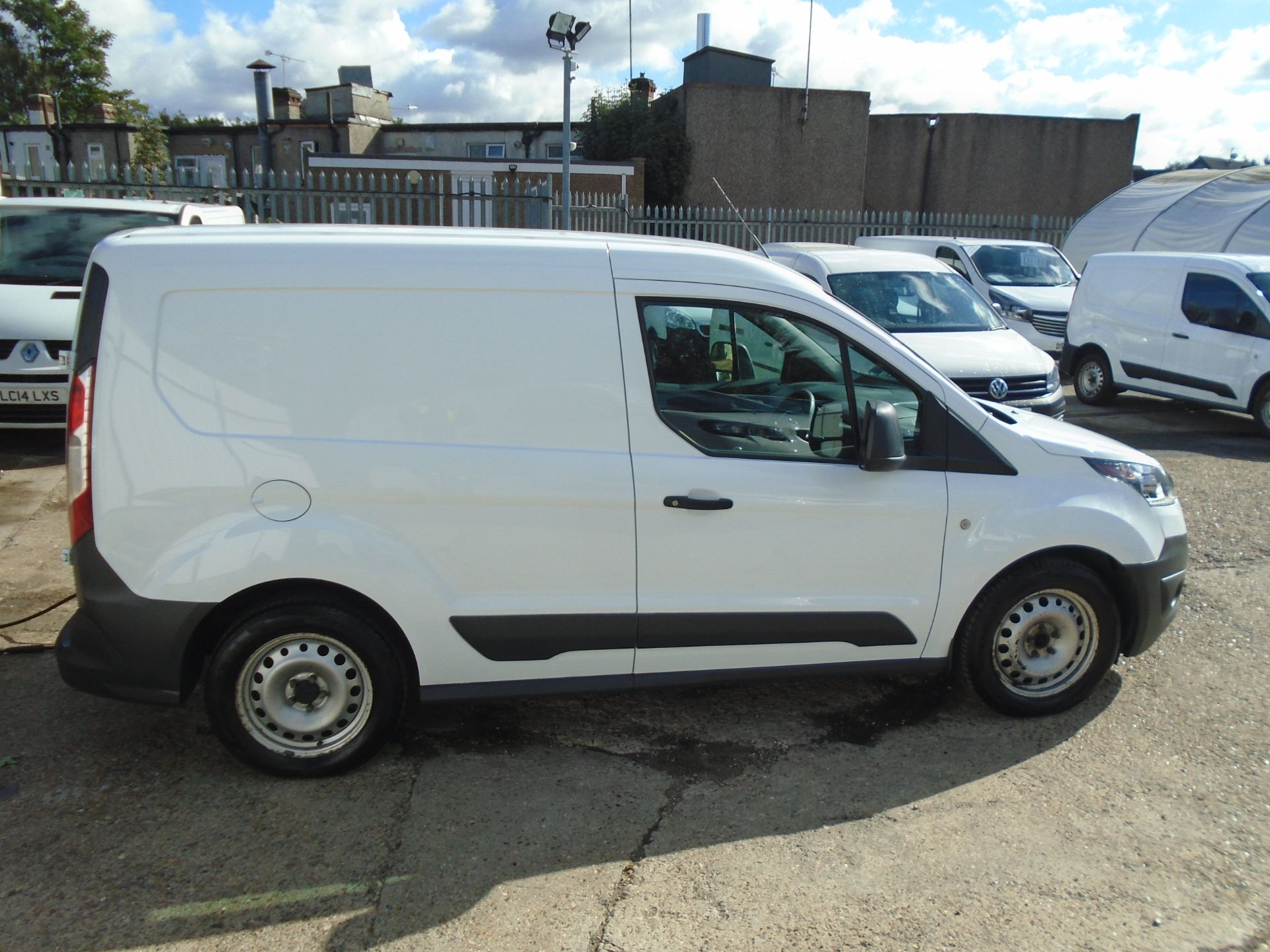 2017 Ford Transit Connect 1.5 Tdci 75Ps Van (FH17RKX) Image 8