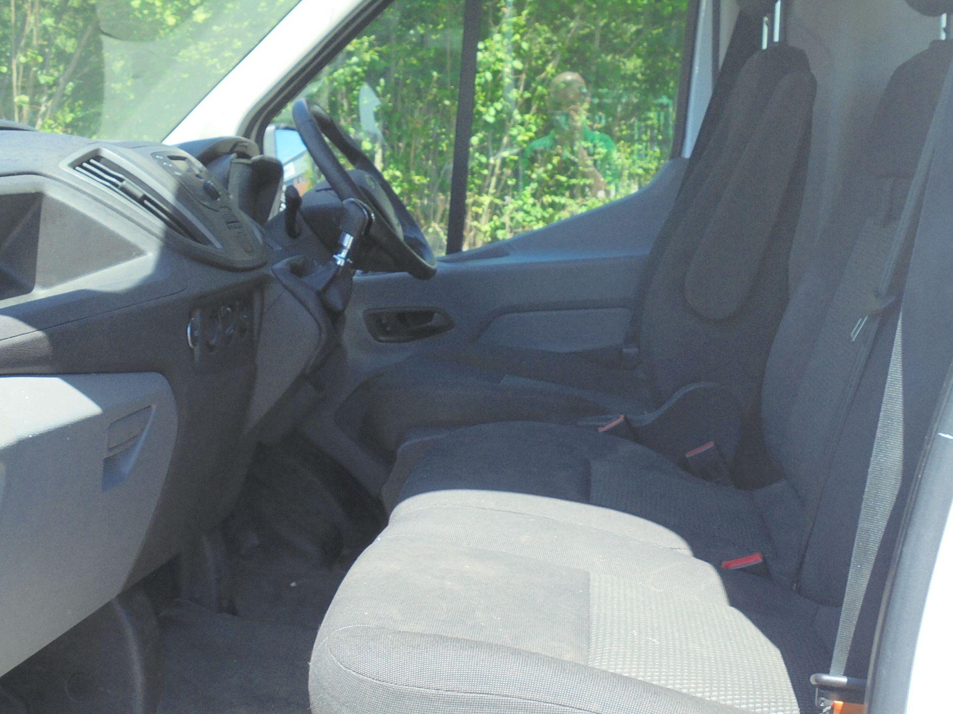2017 Ford Transit 2.0 Tdci 130Ps H3 Van (FH17UKY) Image 5
