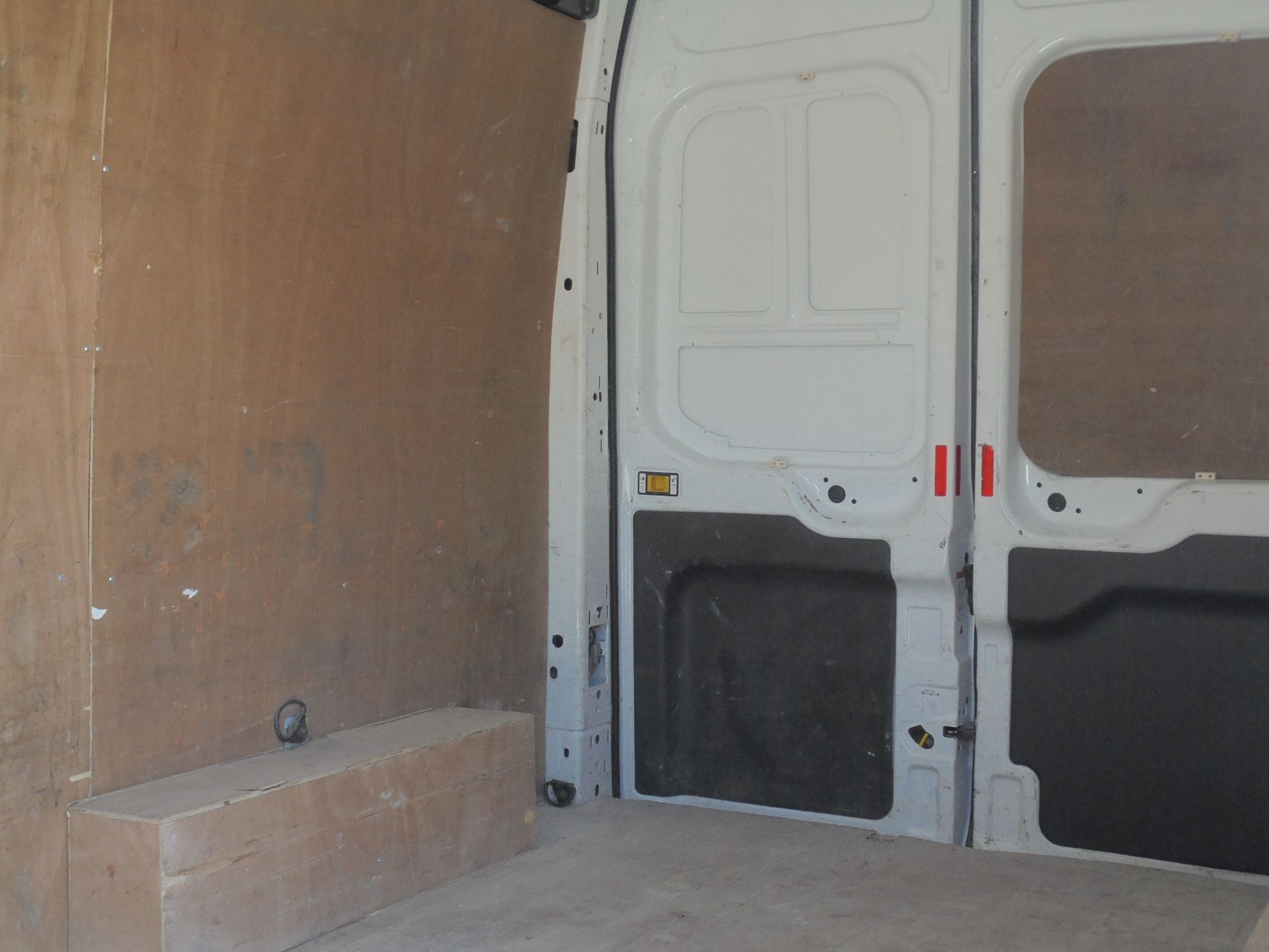 2017 Ford Transit 2.0 Tdci 130Ps H3 Van (FH17UKY) Image 7