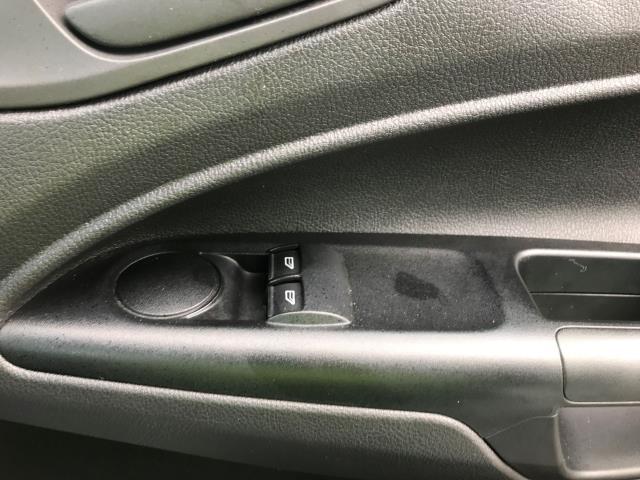 2017 Ford Transit Connect  200 L1 Diesel 1.5 TDCi 75PS Van EURO 6 (FH17ULT) Image 32