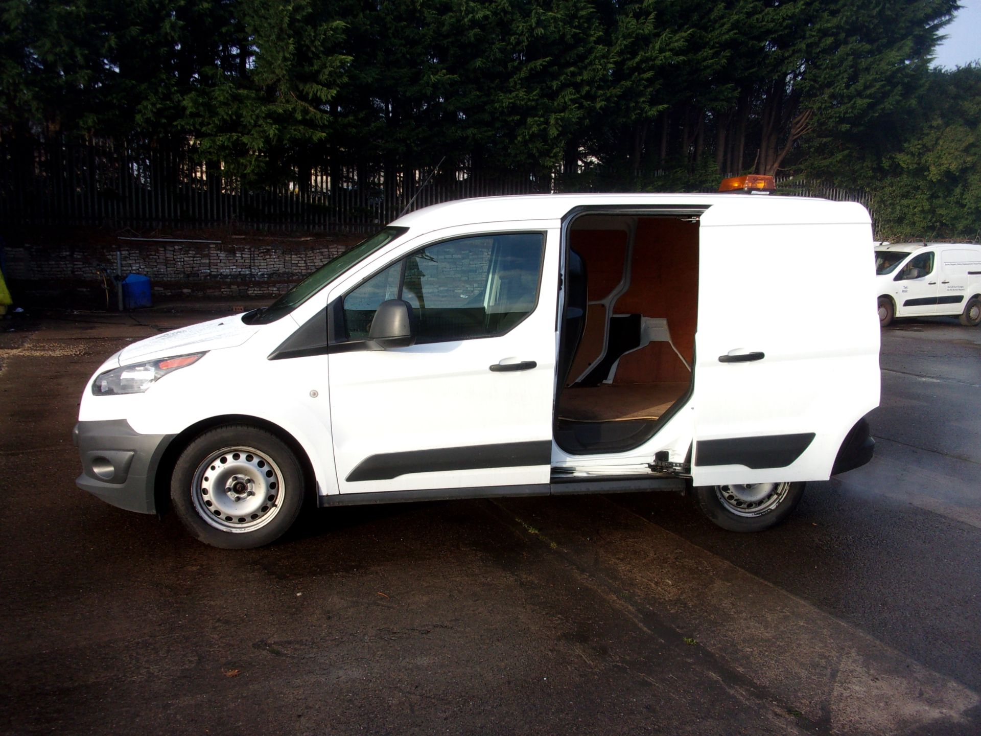 2017 Ford Transit Connect 200 L1 DIESEL 1.5 TDCI 75PS VAN  (FH17ULW) Image 21