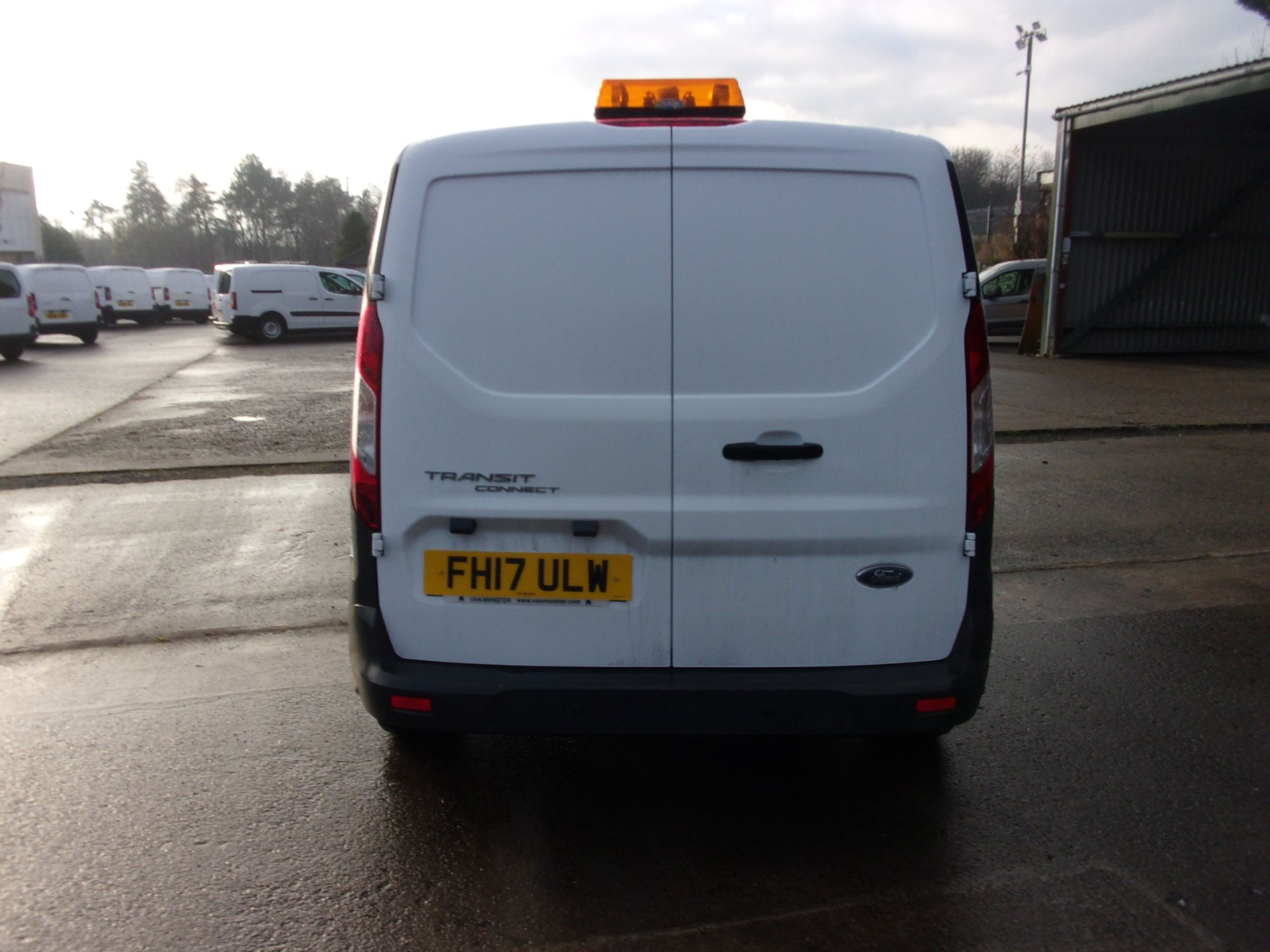 2017 Ford Transit Connect 200 L1 DIESEL 1.5 TDCI 75PS VAN  (FH17ULW) Image 10